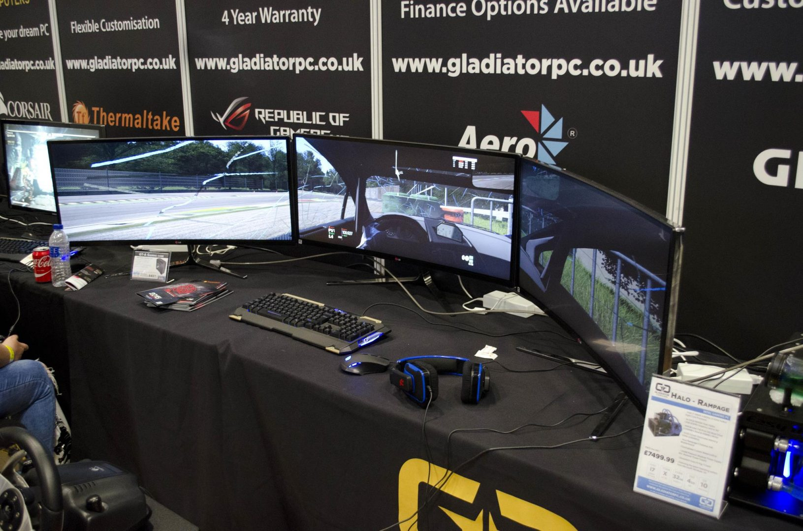 Aria and Gladiator PC at Multiplay Insomnia Gaming Festival I55_5