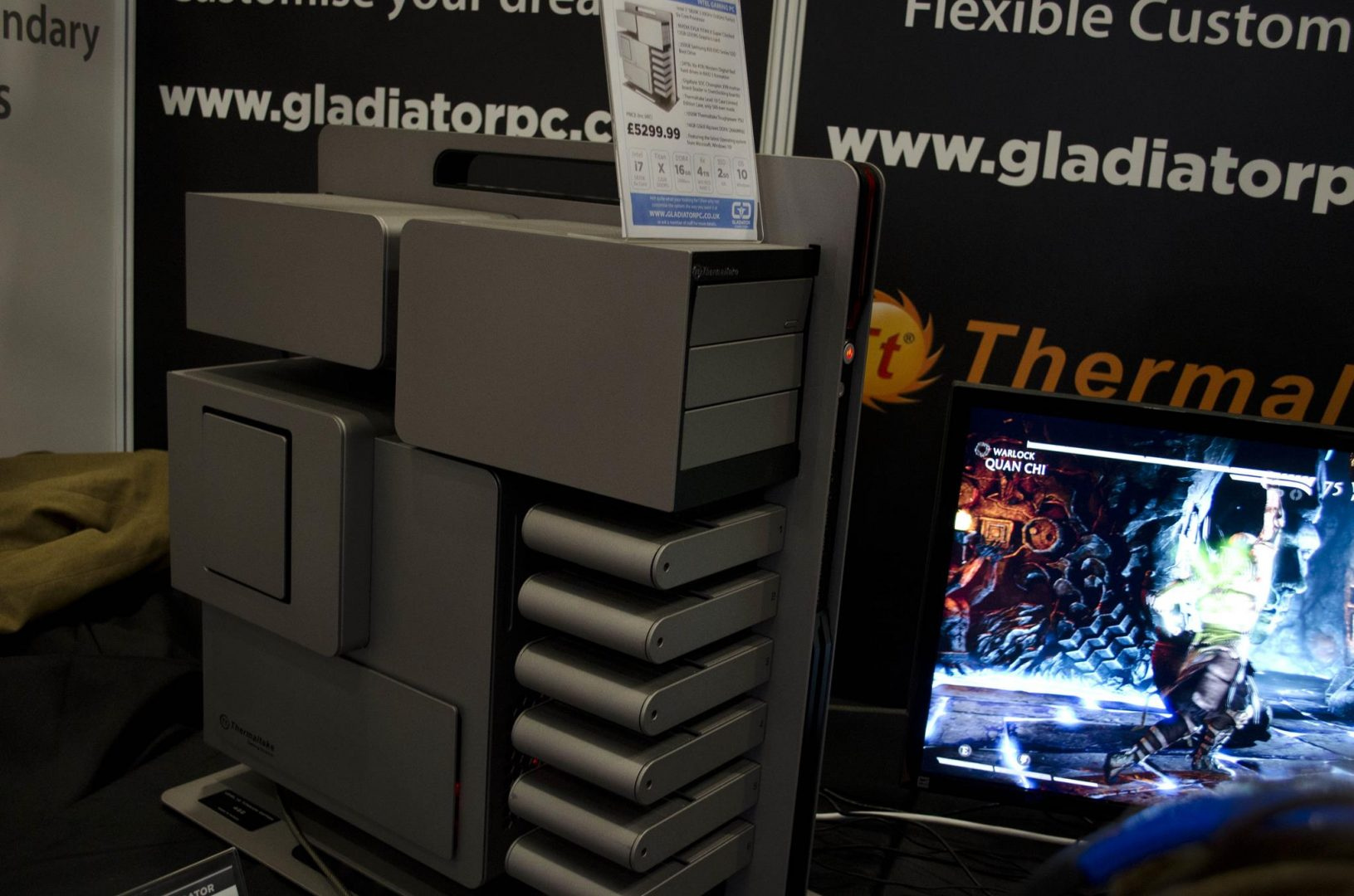 Aria and Gladiator PC at Multiplay Insomnia Gaming Festival I55_6