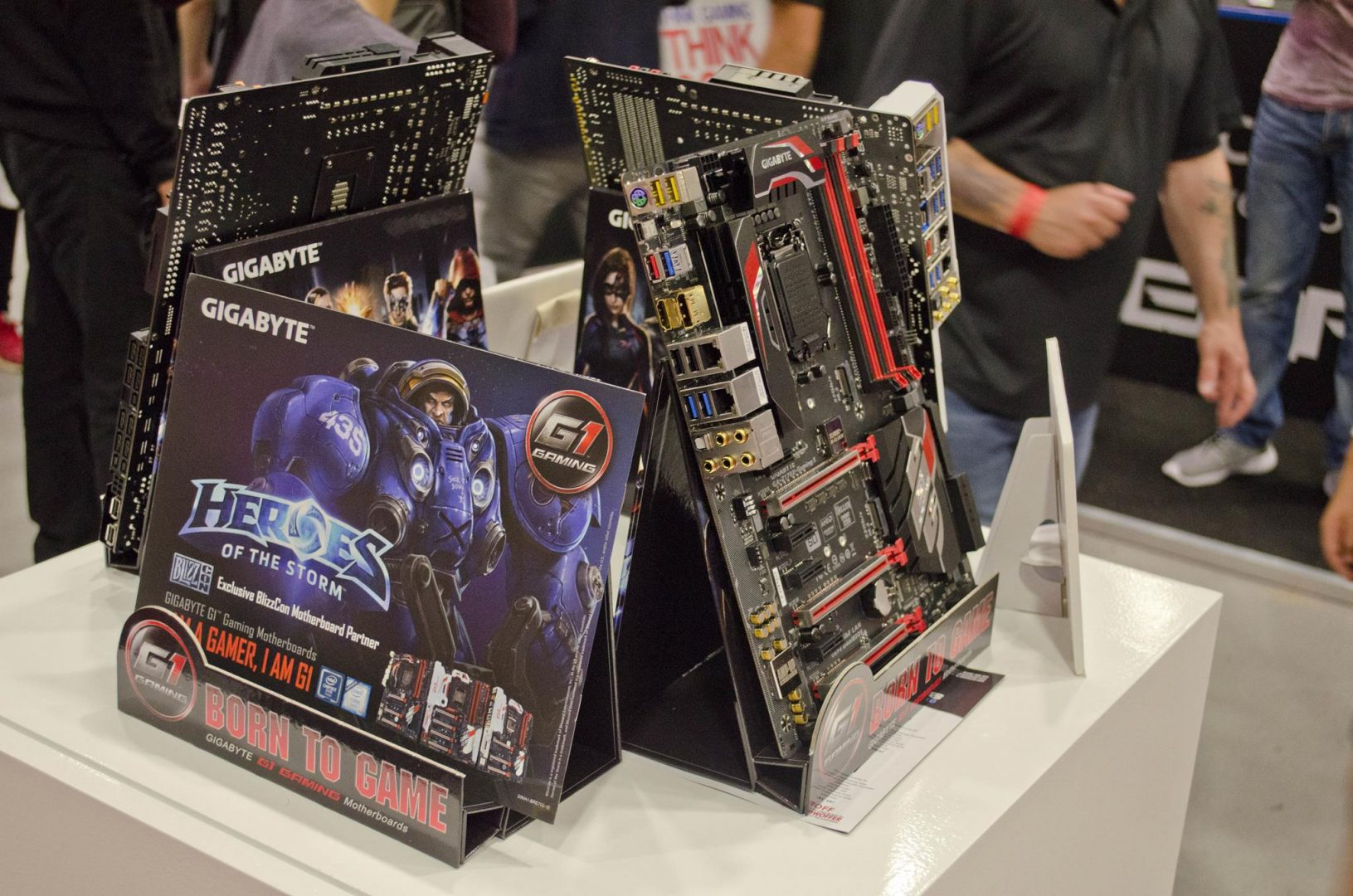 Dino PC at Multiplay Insomnia Gaming Festival I55_10