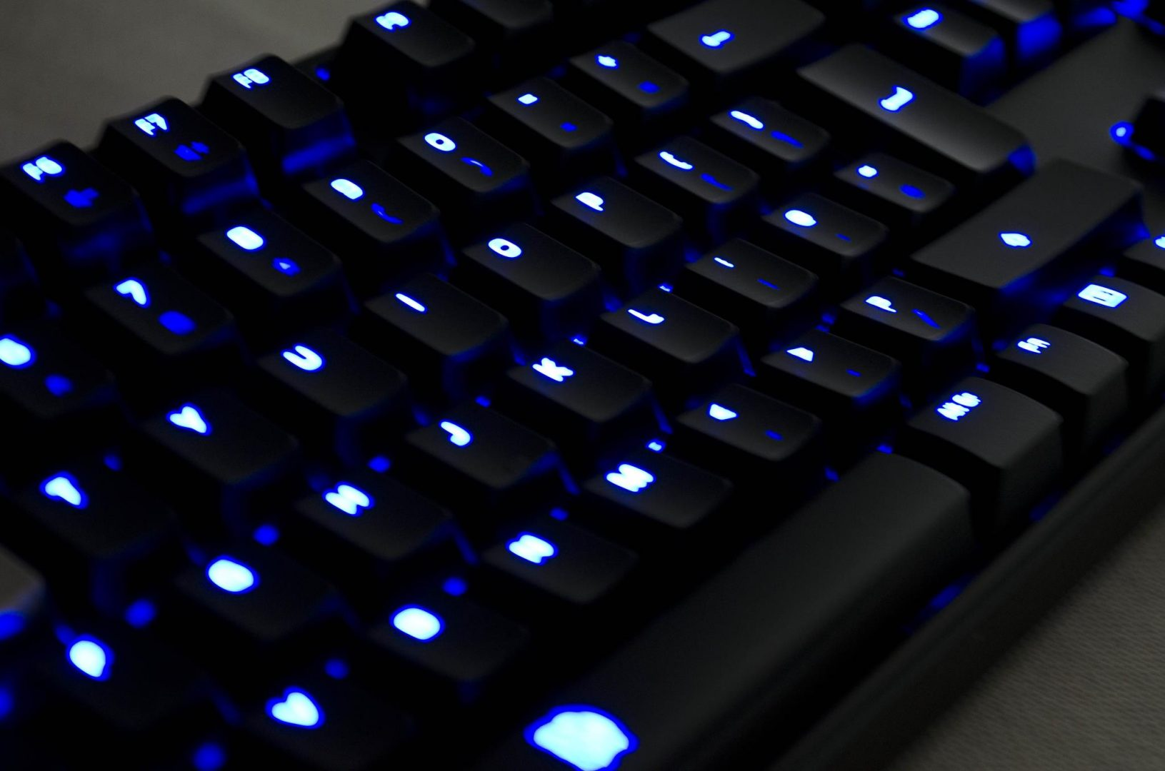 Tt eSPORTS POSEIDON Z Mechanical keyboard with brown switches_18