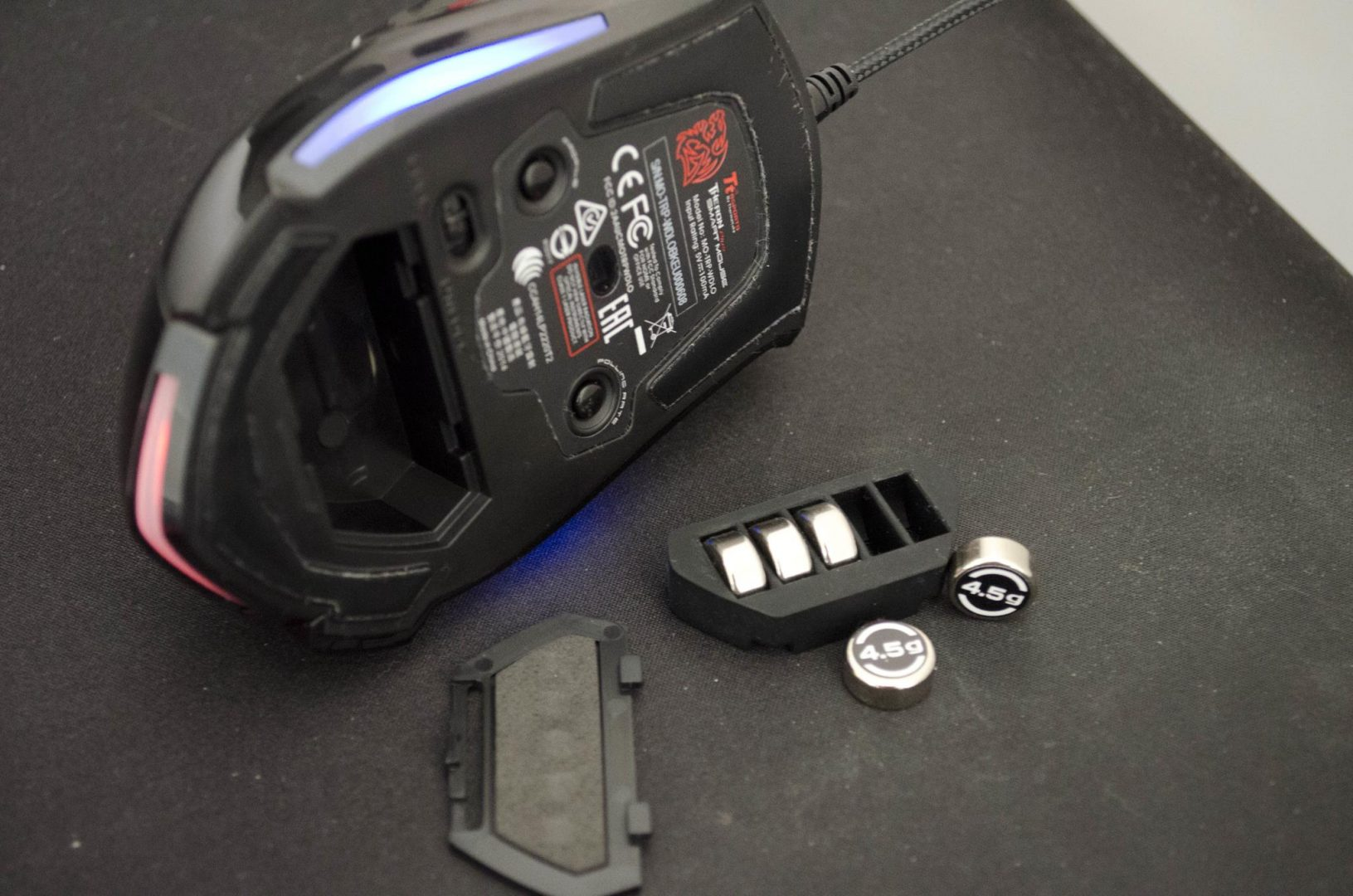 Tt eSPORTs Theron Plus Smart Mouse Review_2