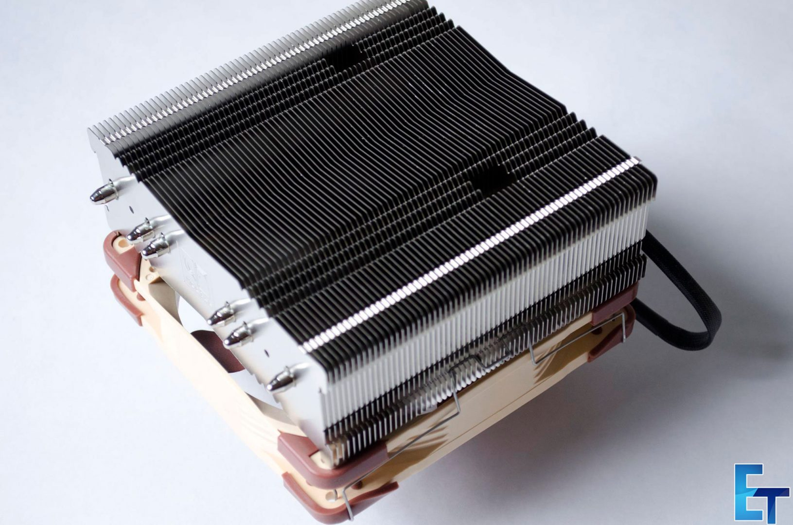 Noctua-NH-C14S-CPU-Cooler_2