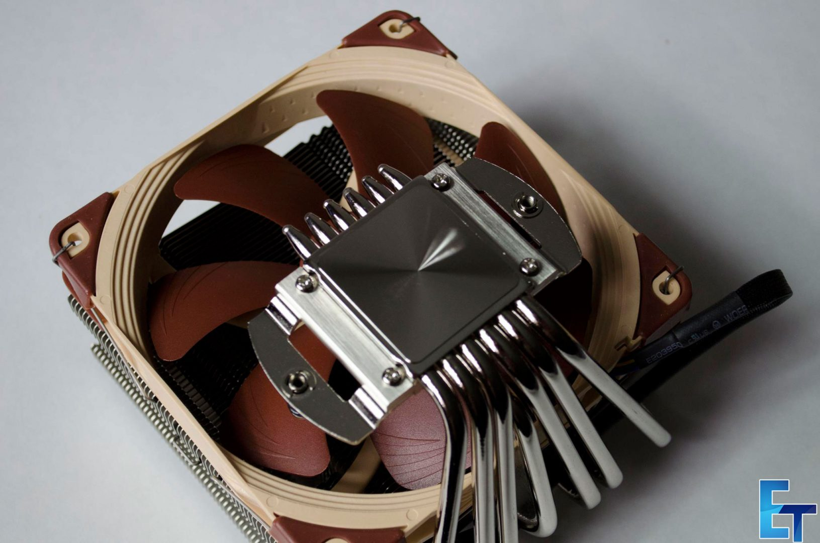 Noctua-NH-C14S-CPU-Cooler_4