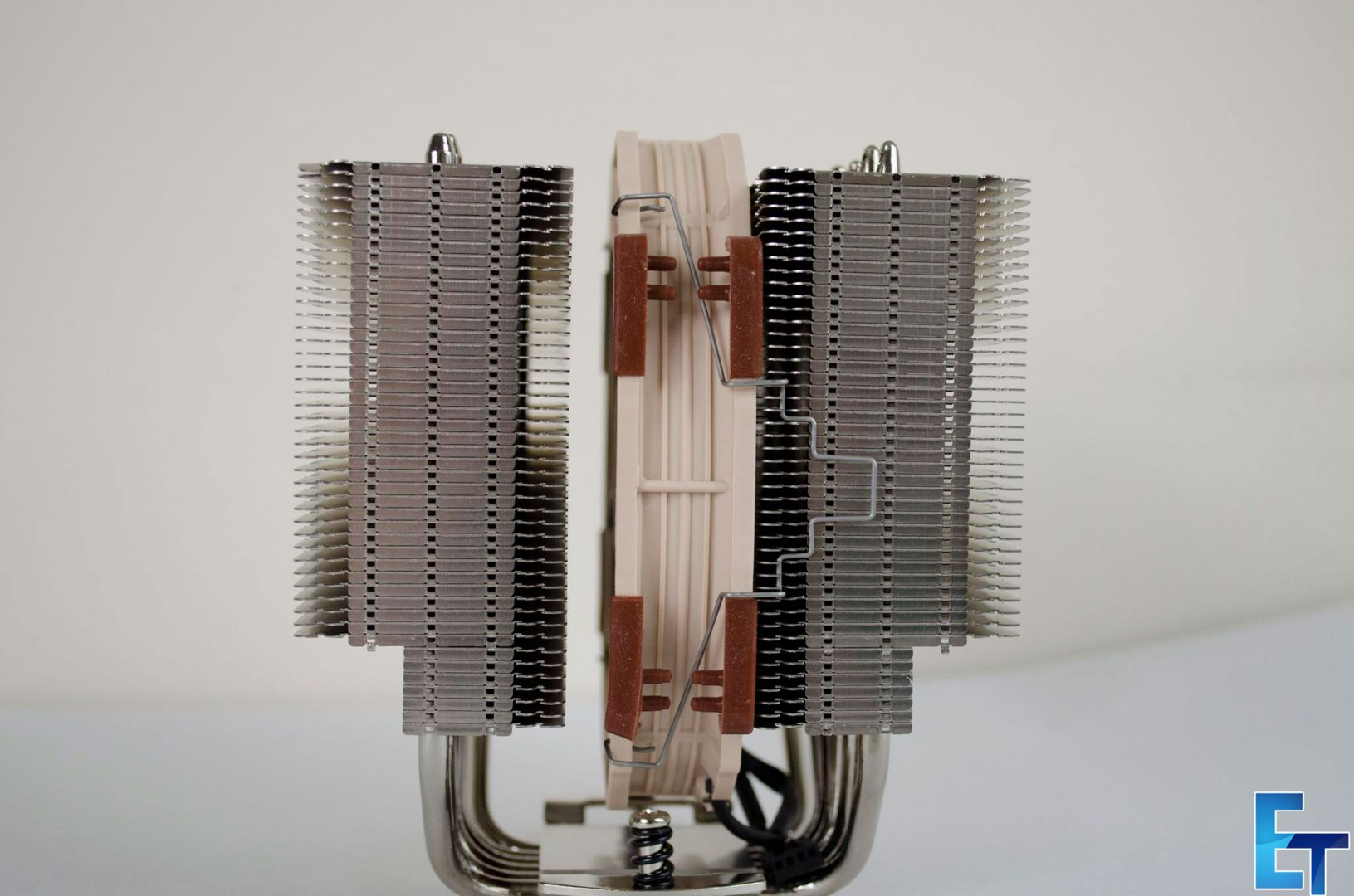 Noctua-NHD15S-CPU-Cooler-Review_8