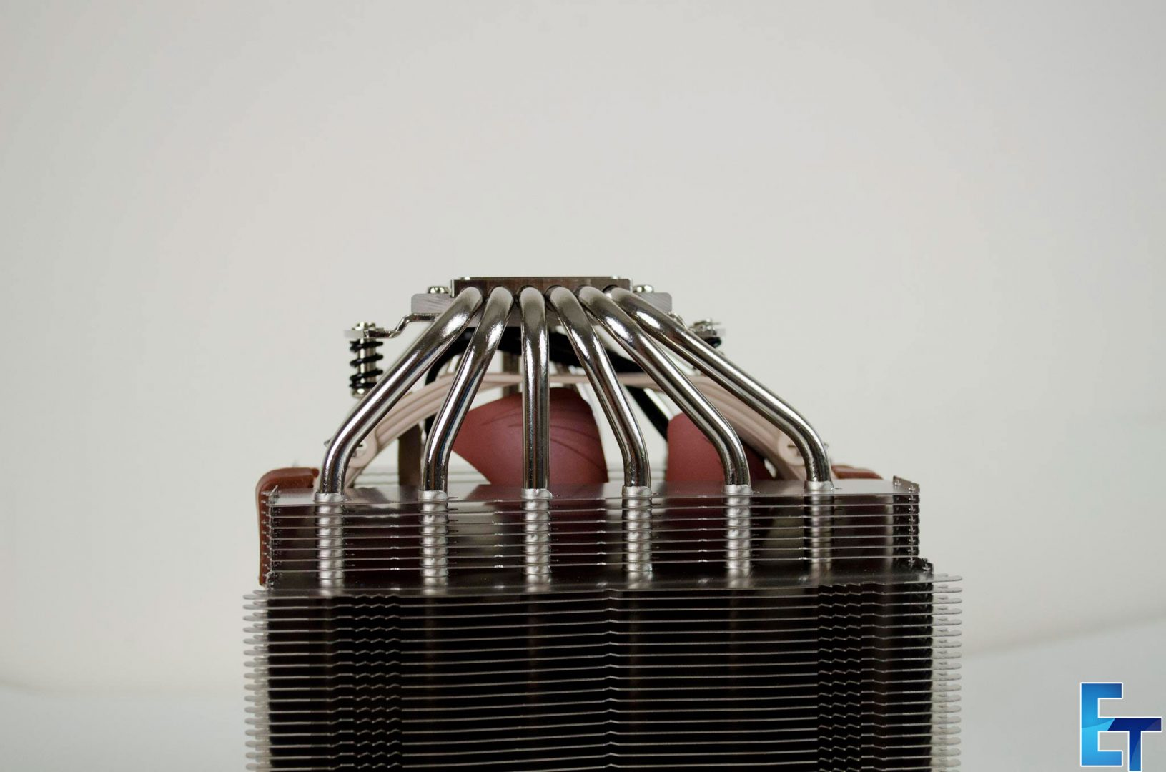 Noctua-NHD15S-CPU-Cooler-Review_9