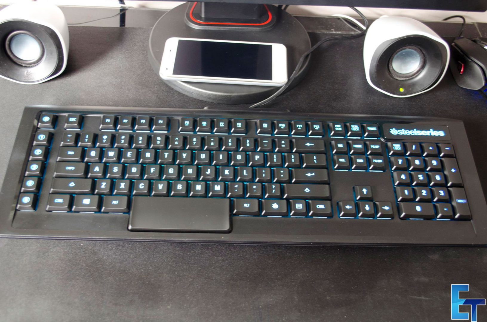 sTEELsERIES-aPEX-m800-mECHANICAL-gAMING-KEYBOARD-rEVIEW_2