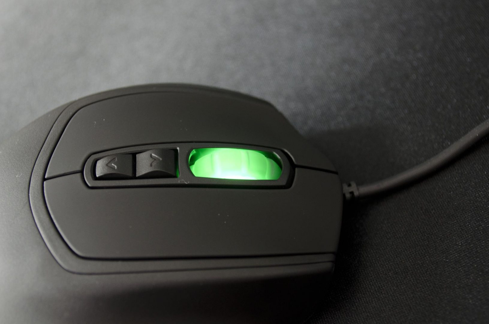 CM Storm Xornet II Gaming Mouse Review_3