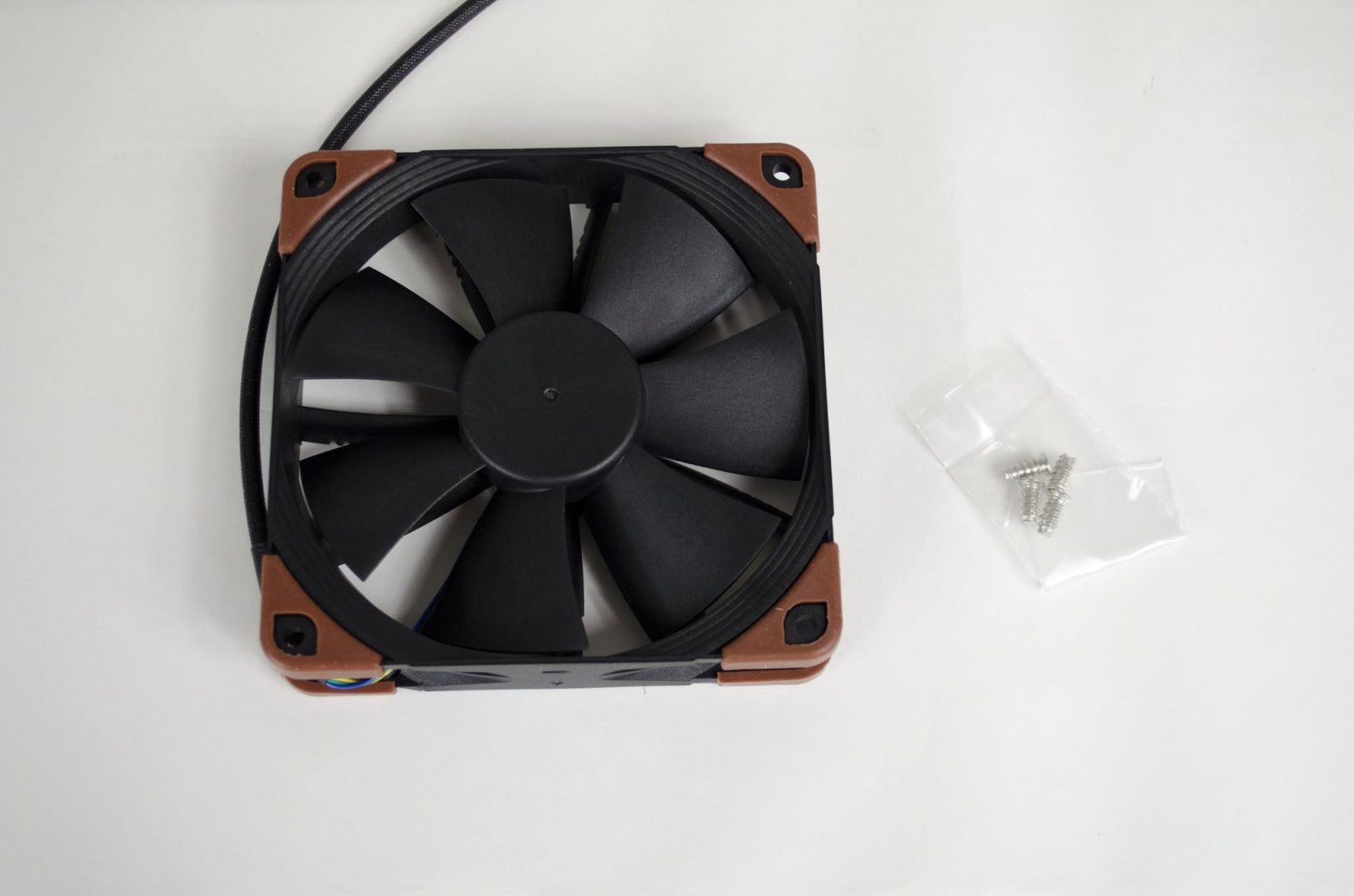 Noctua industrialPPC Fans review_1