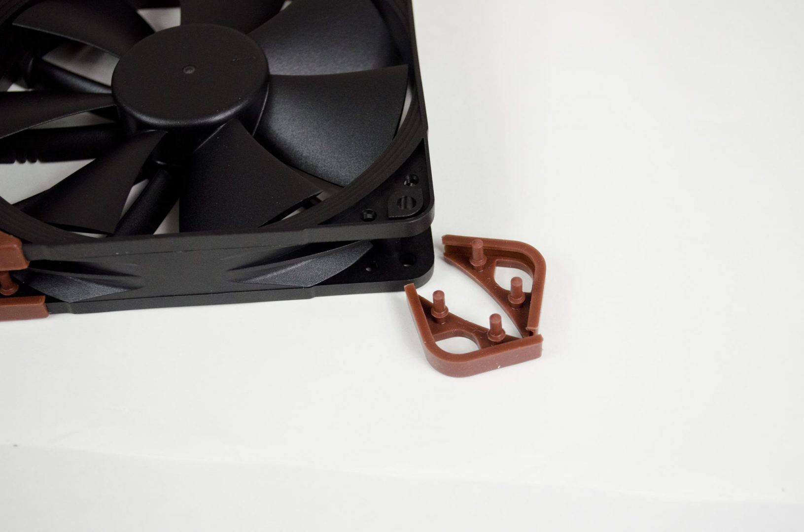 Noctua industrialPPC Fans review_10