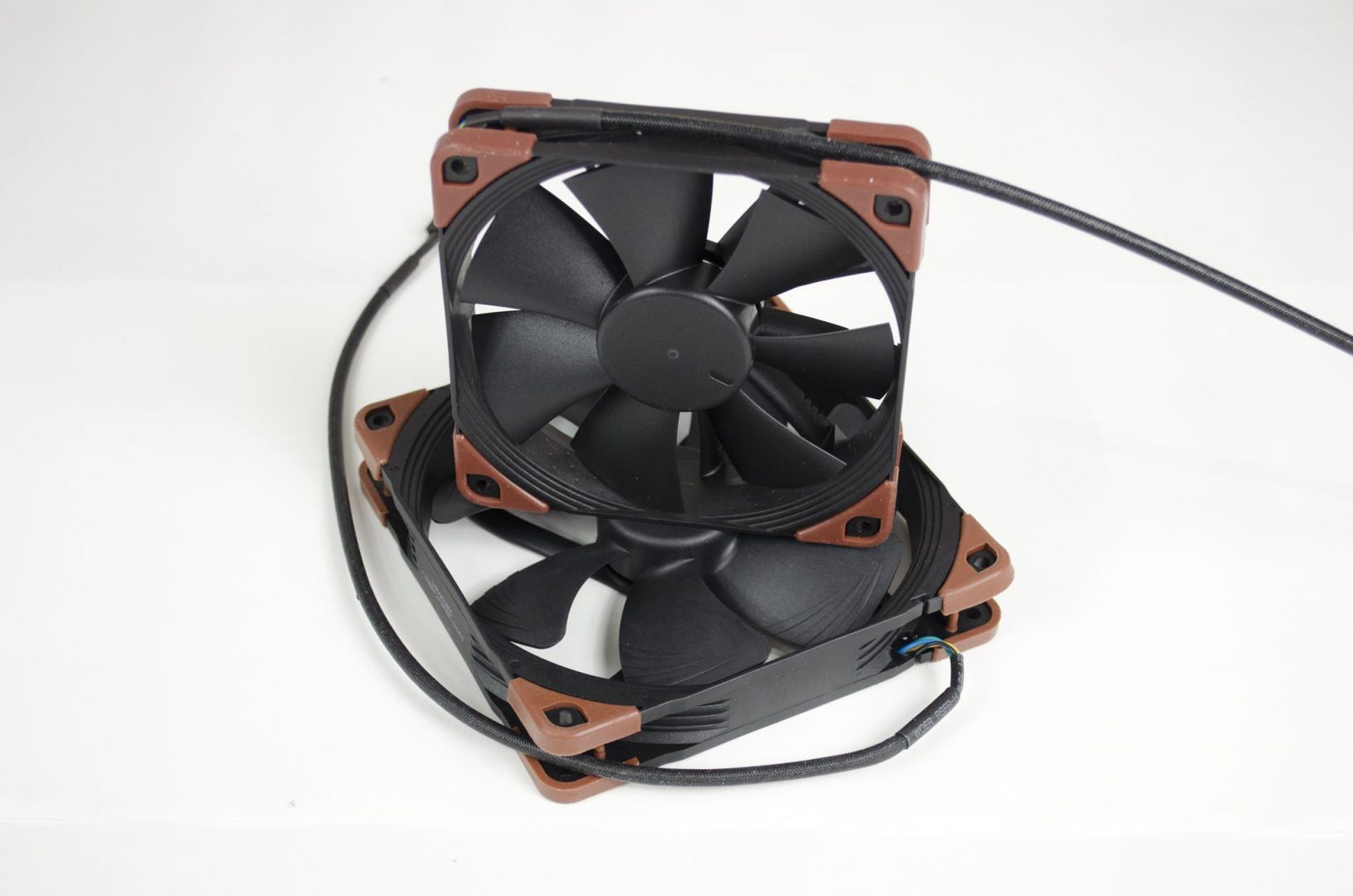 Noctua industrialPPC Fans review_4