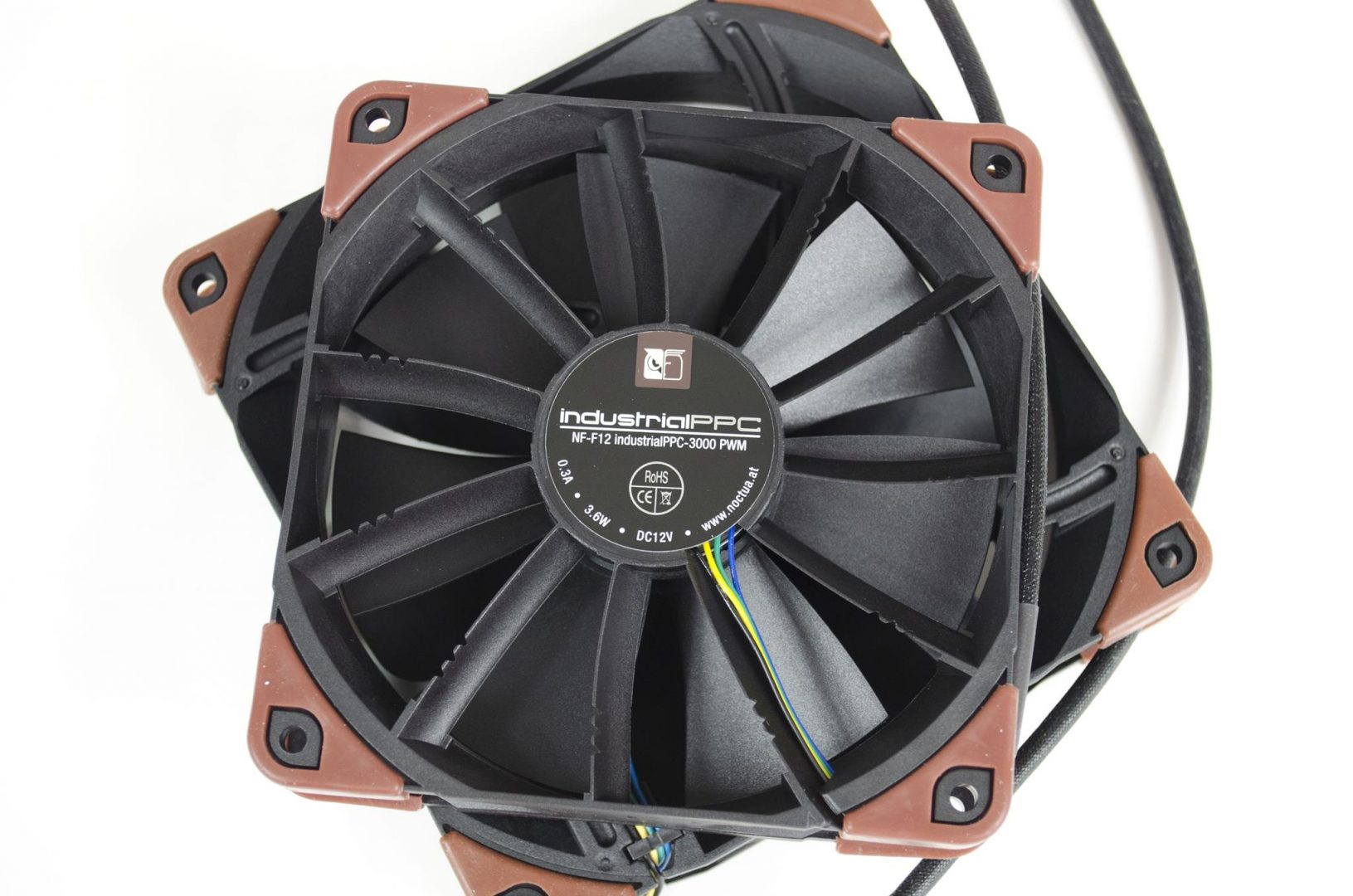 Noctua industrialPPC Fans review_5