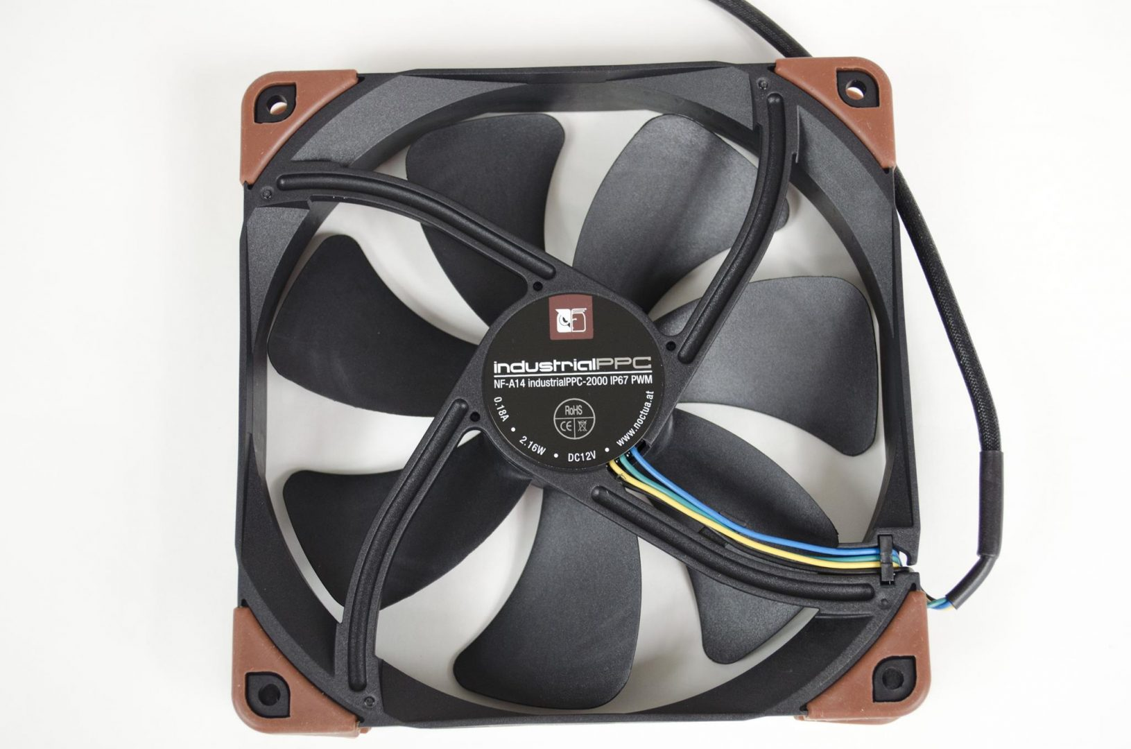Noctua industrialPPC Fans review_8