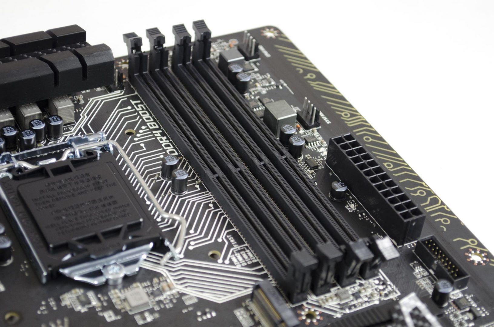 MSI Z170A Gaming Pro Carbon Motherboard Review_8