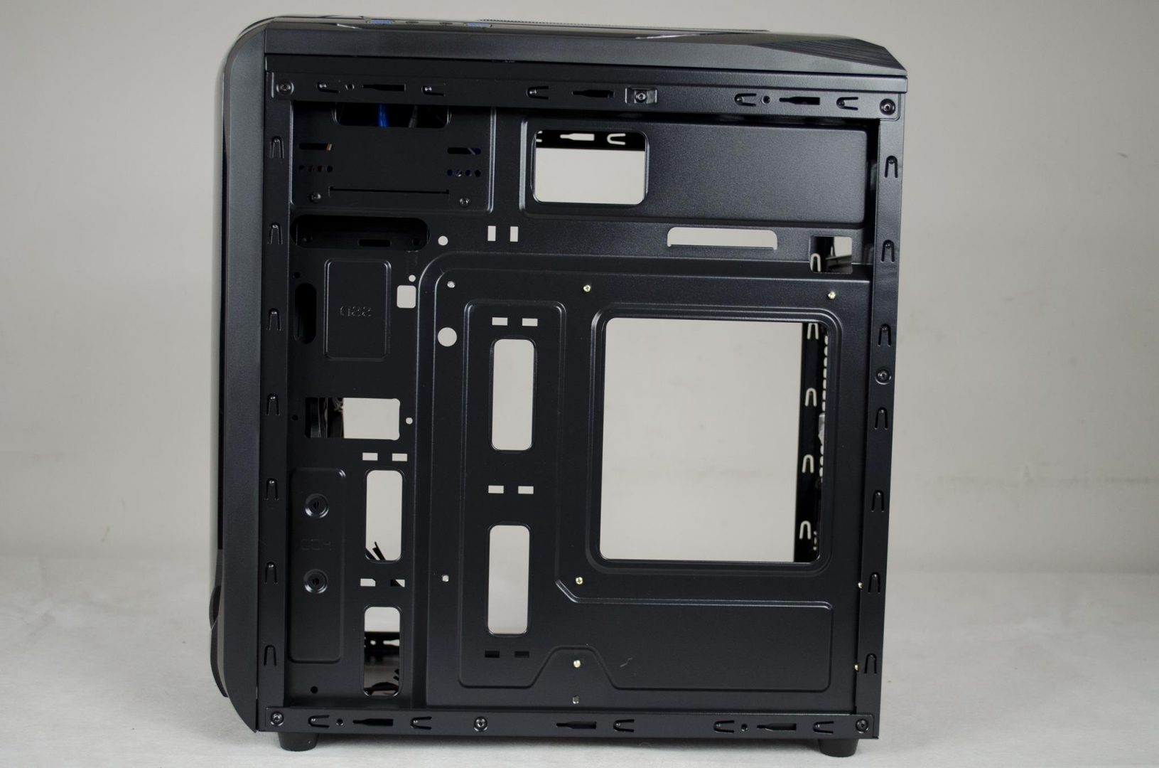 X2 SPITZER 22 PC Case Review_10