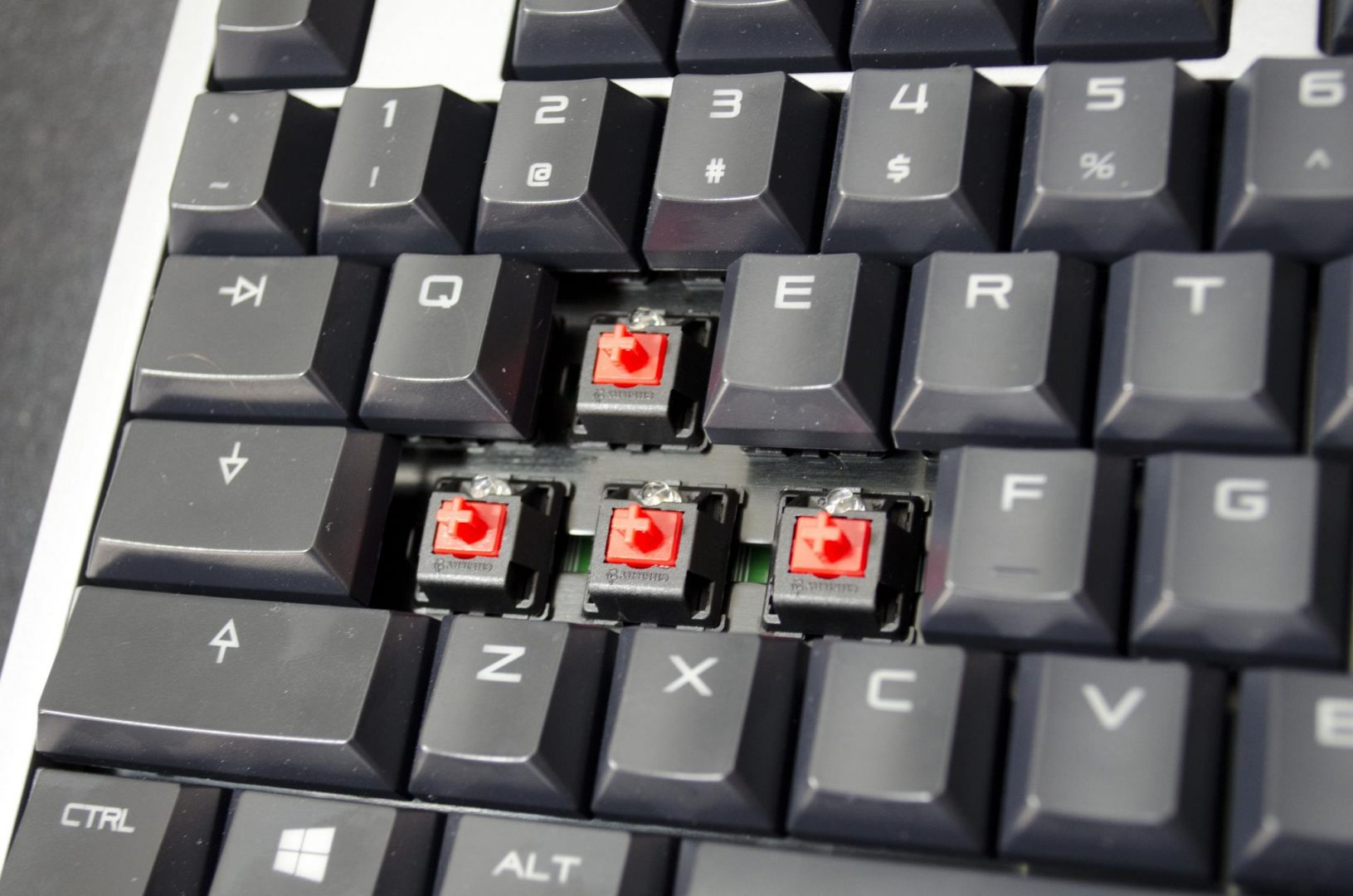 cherry mx-board 6 mechanical keyboard review_4