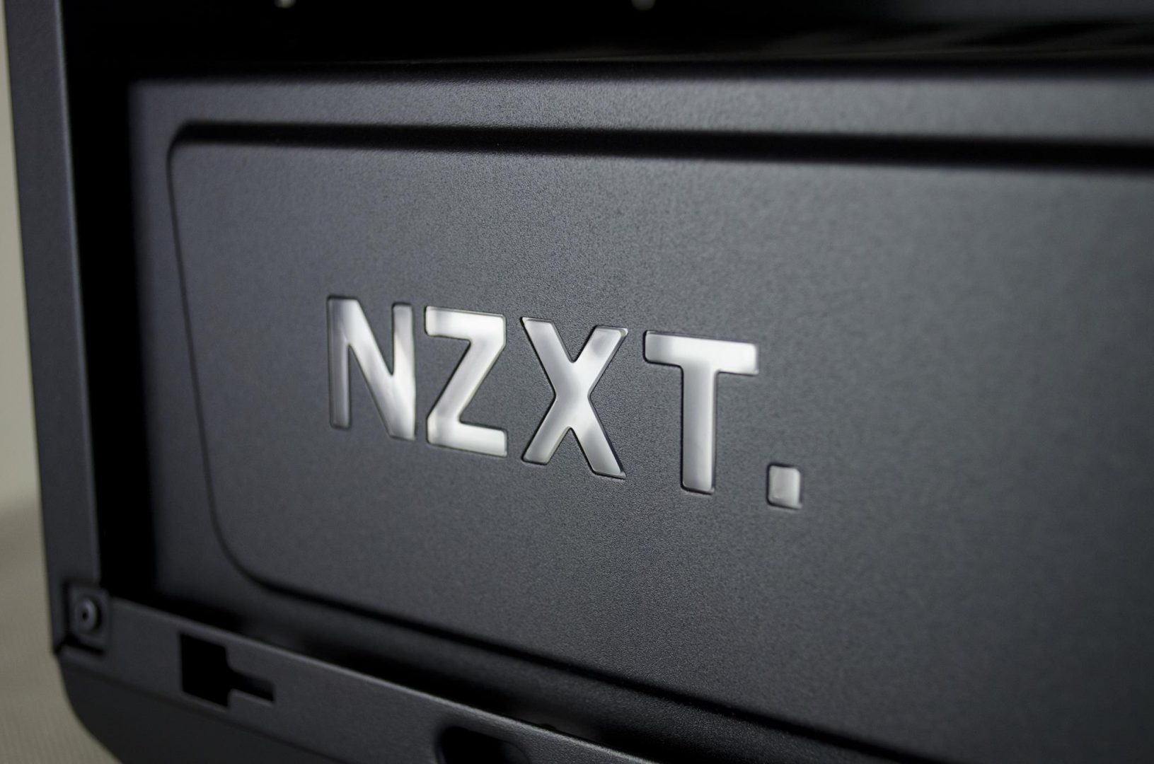 nzxt manta pc case review_6