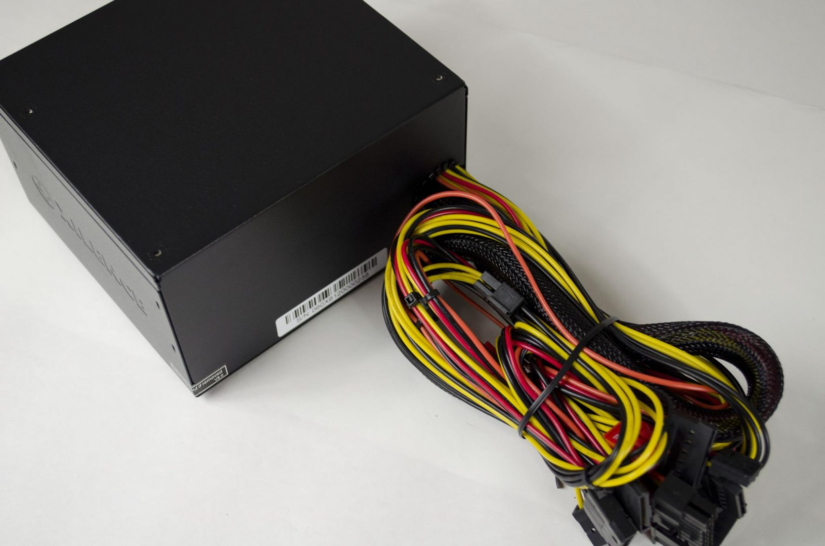 Xilence Performance A+ 430W Power Supply_5