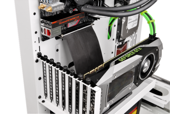 Thermaltake Core P3 ATX Wall-Mount Chassis-PCI-e X16 Riser Cable