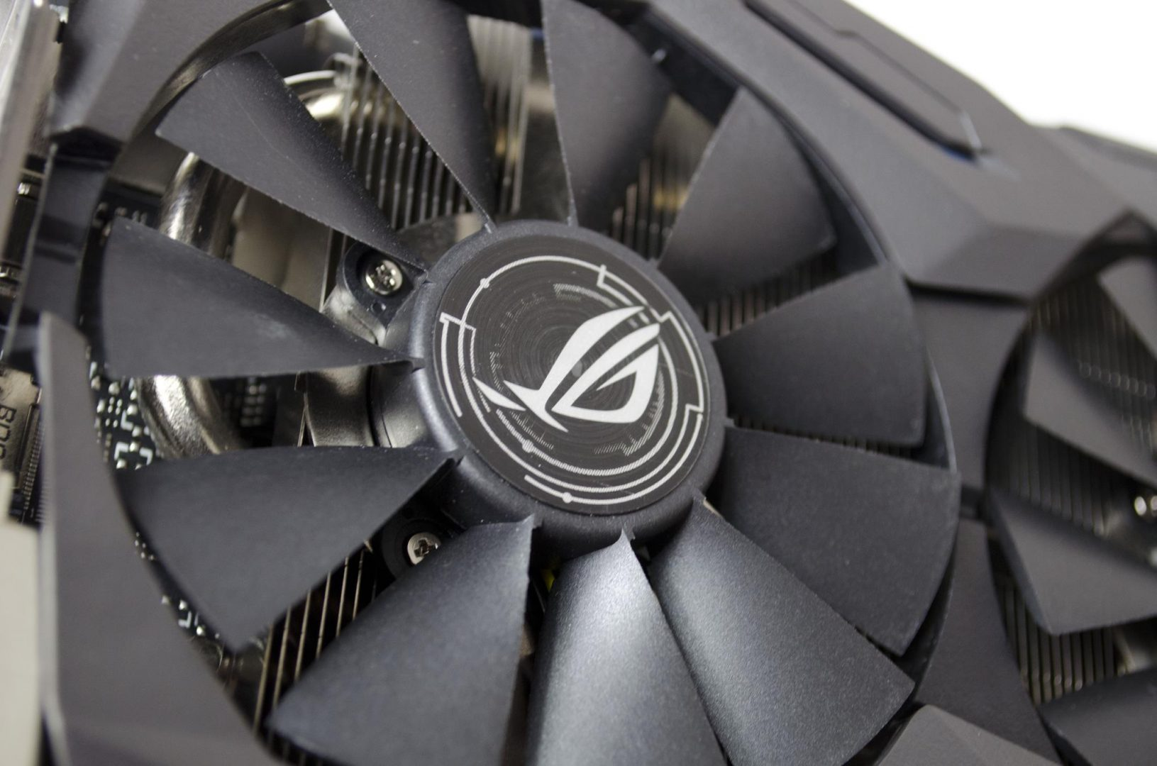 ASUS ROG Strix GeForce GTX 1060_7