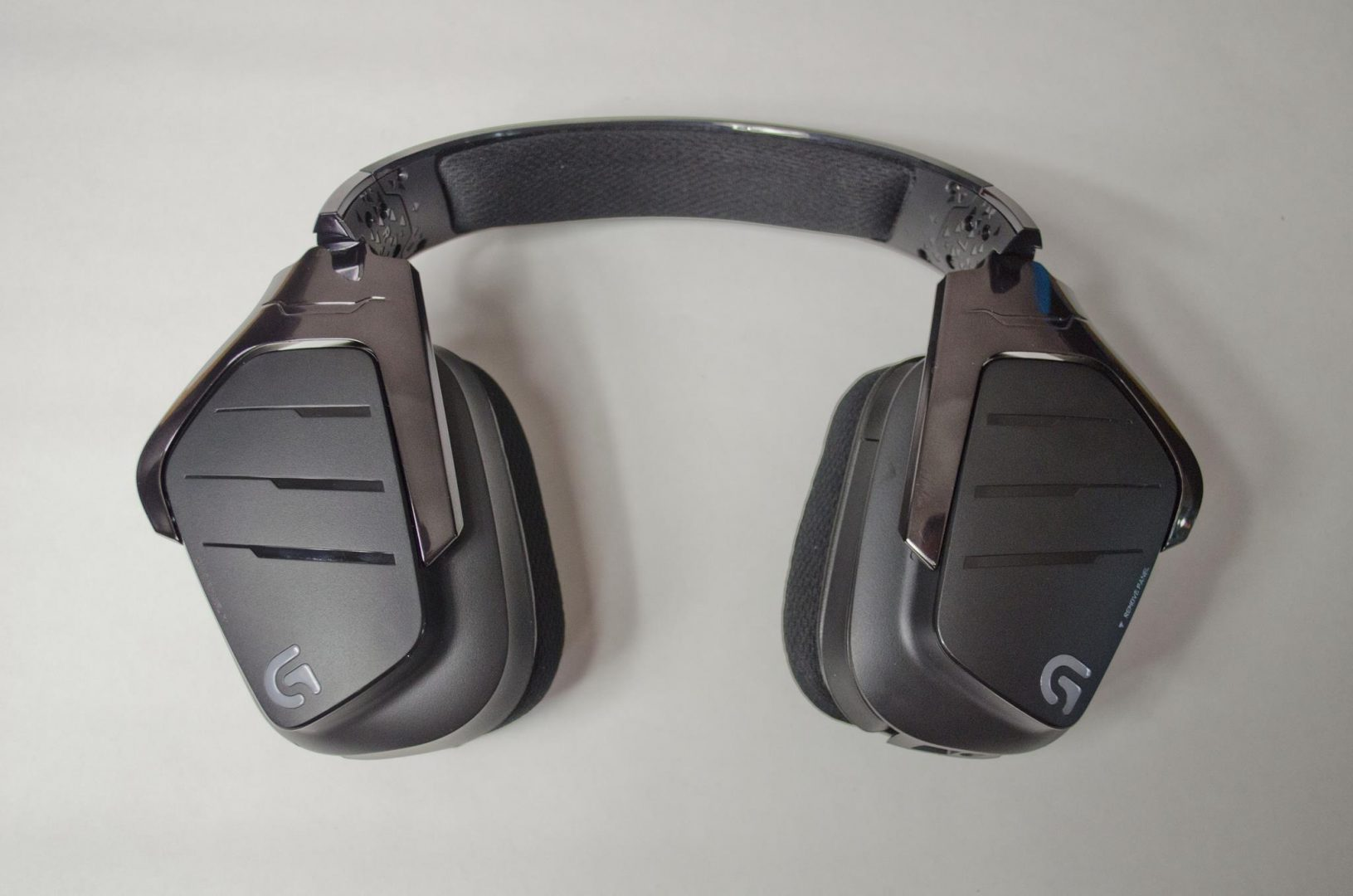 Logitech G633 artemis spectrum rgb 7.1 surround gaming headset review_2
