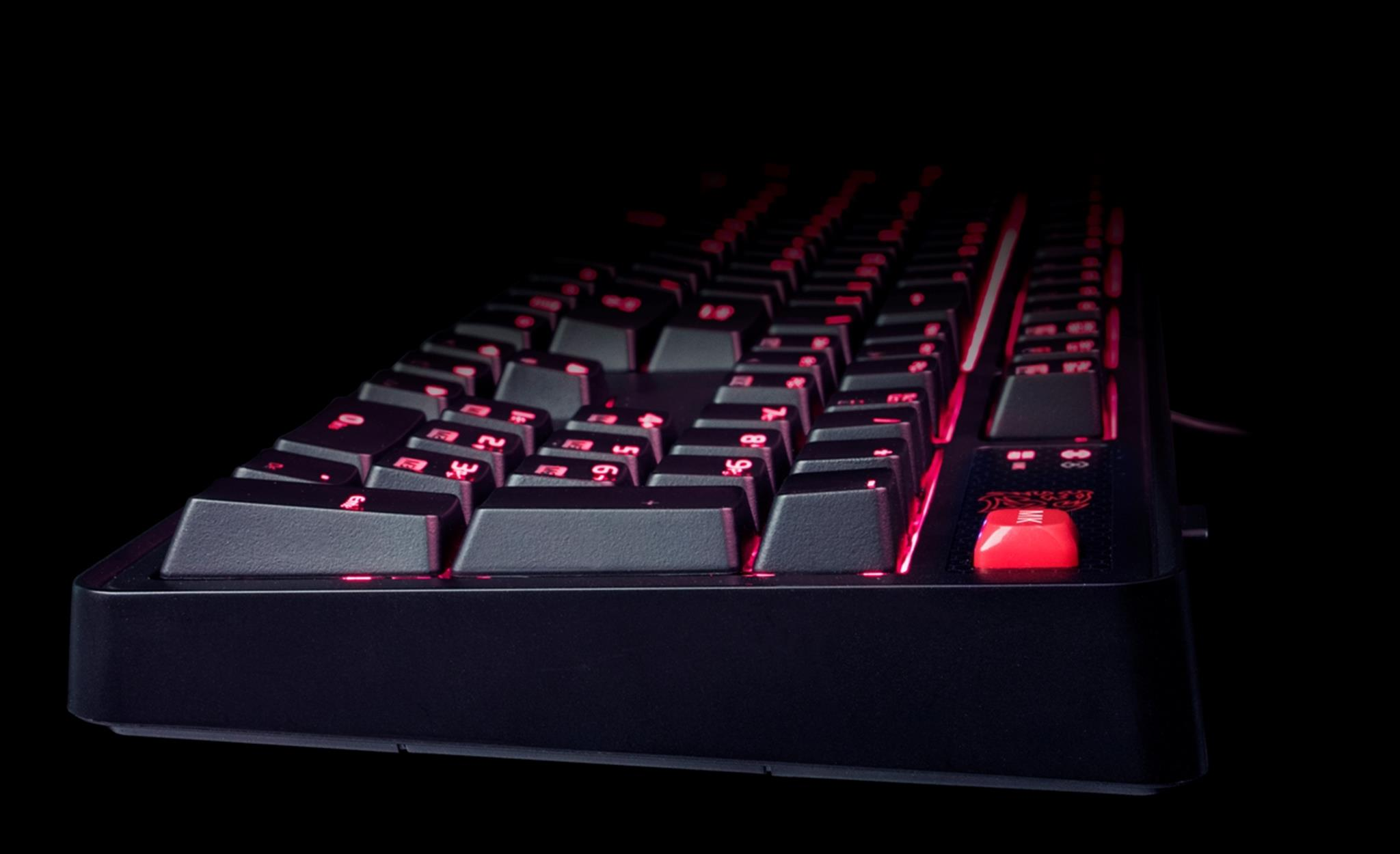 tt-esports-meka-pro-cherry-mx-mechanical-gaming-keyboard-uses-cherry-mx-switches