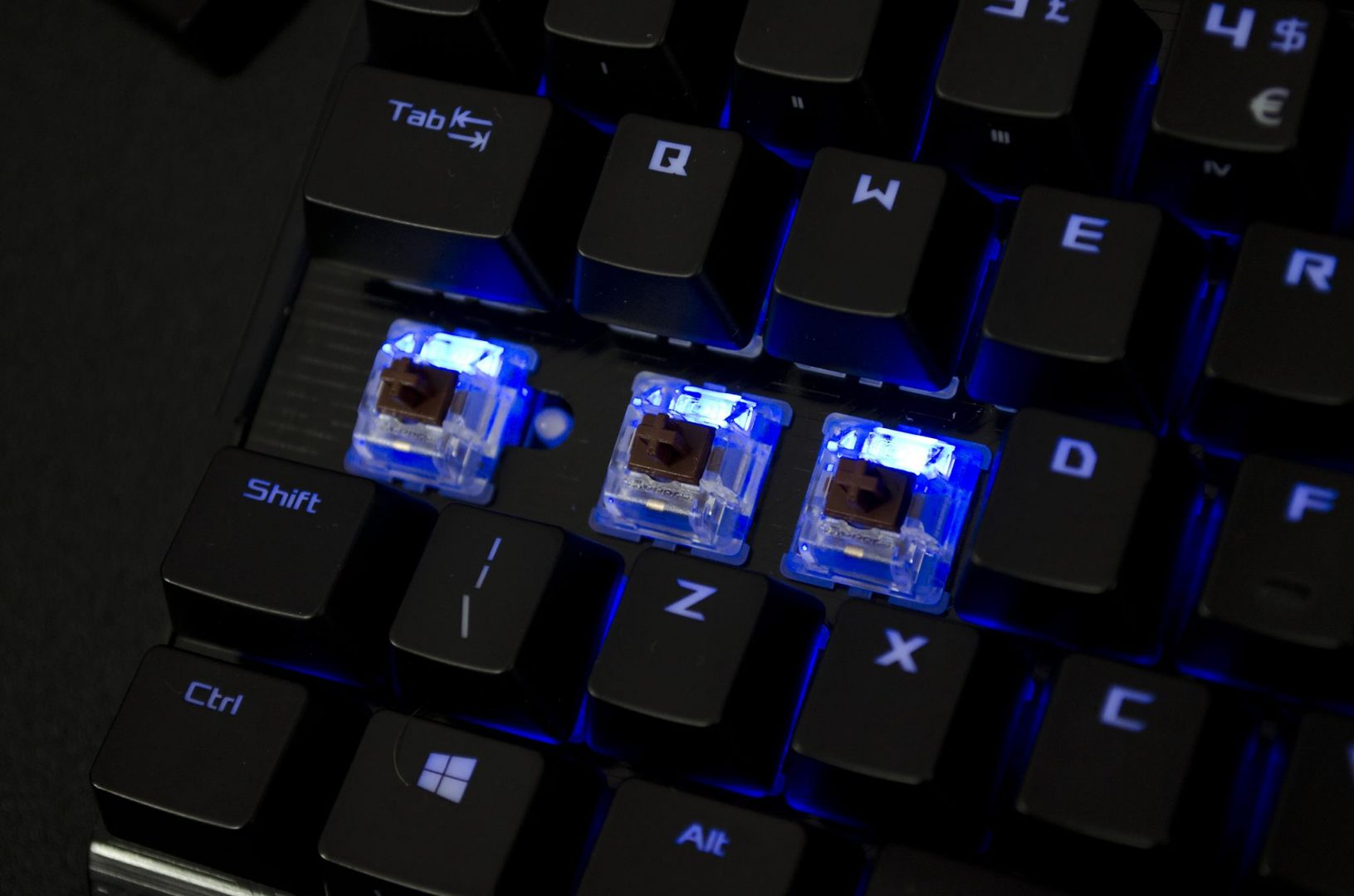 ASUS ROG CLAYMORE mechanical gaming keybaord review_6