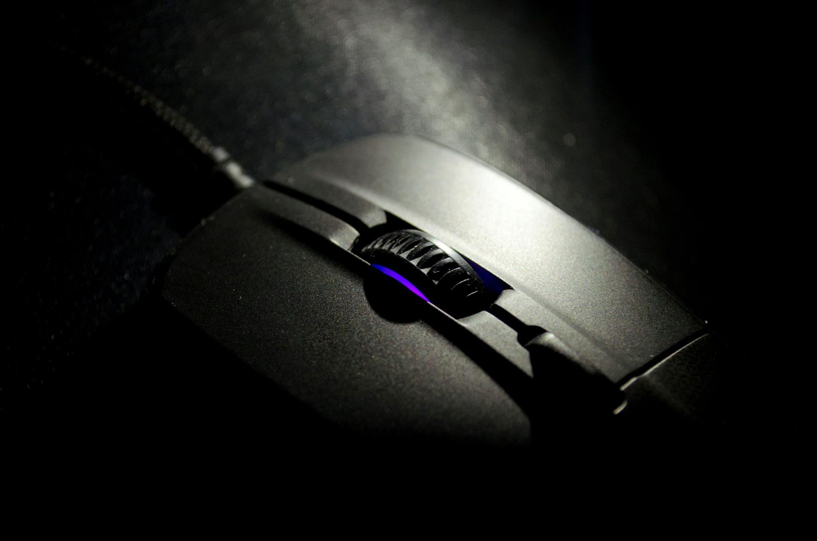steelseries rival 700 gaming mouse_15