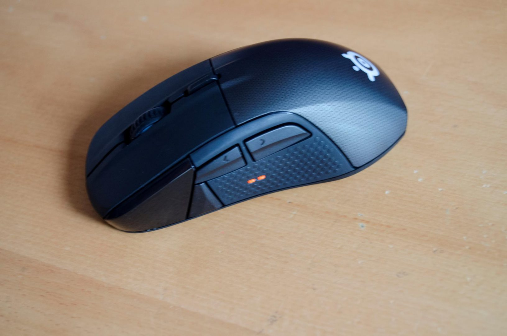 steelseries rival 700 gaming mouse_7