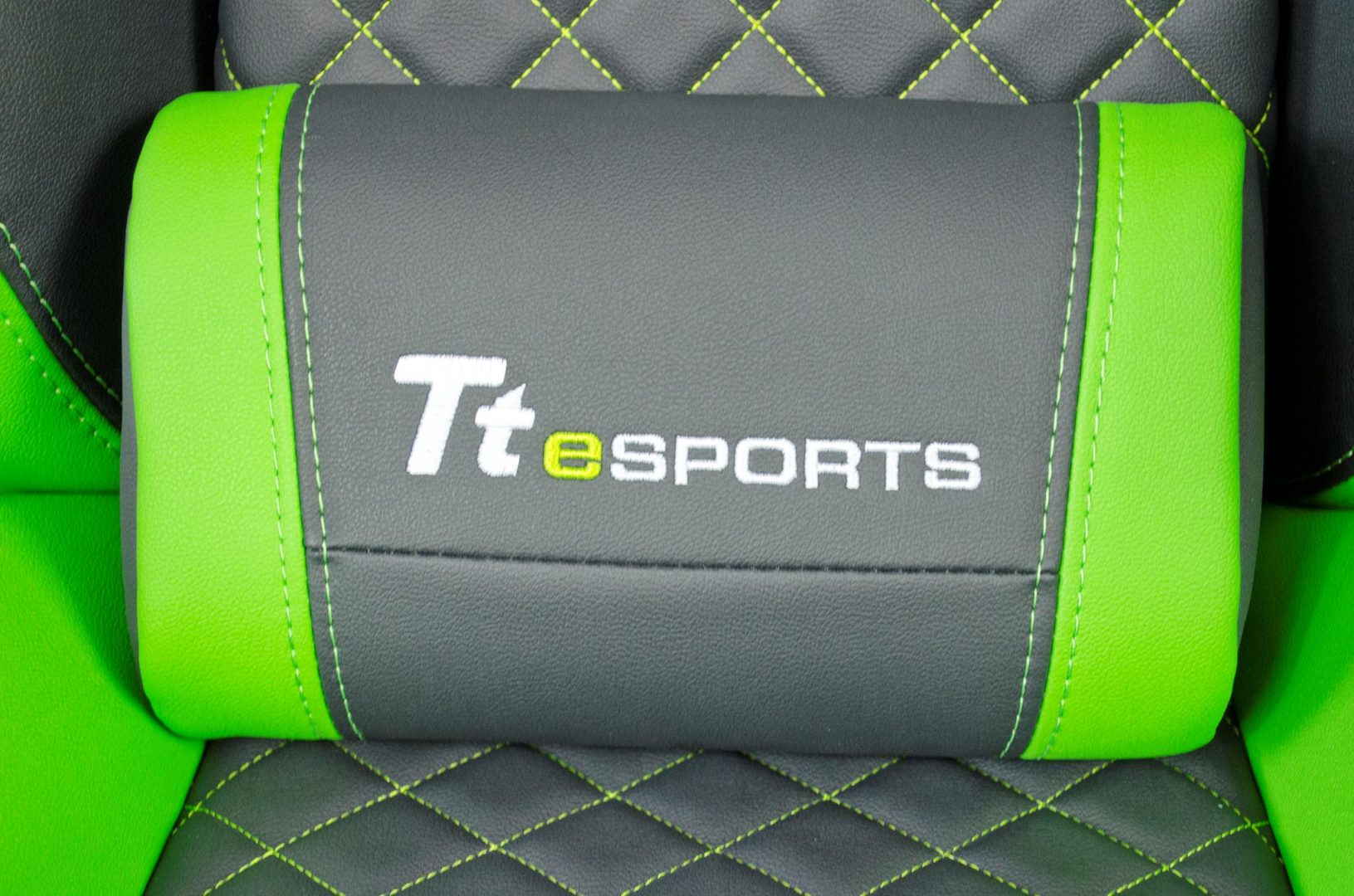 tt esports gt comfort gaming chair_18