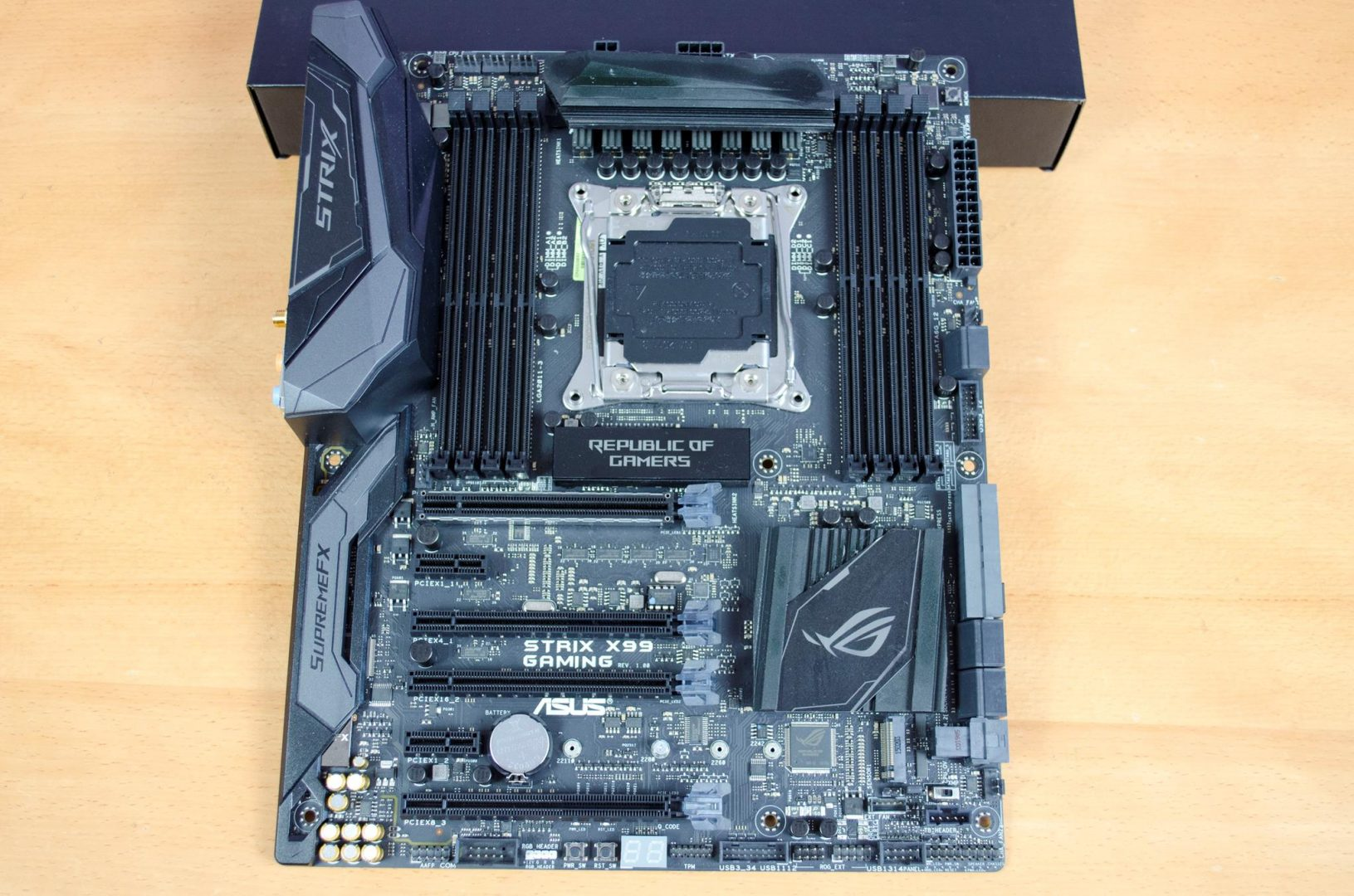 asus rog strix x99 gaming motherboard review_3