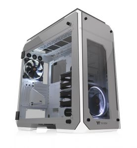 Thermaltake View 71 Tempered Glass Snow Edition Full-Tower Chassis_6