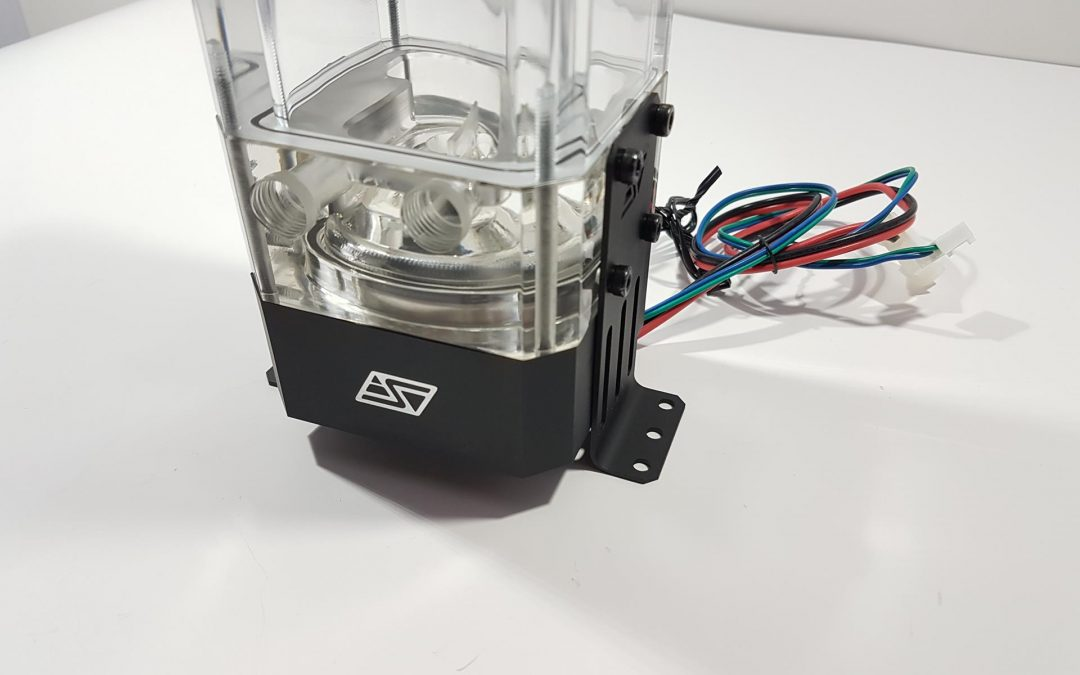 Swiftech Maelstrom D5-X100 Reservoir/Pump Combo Review