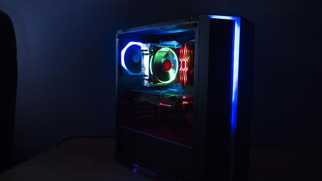 GameMax Starlight RGB Tempered Glass Gaming Case Review: New Budget Case King?