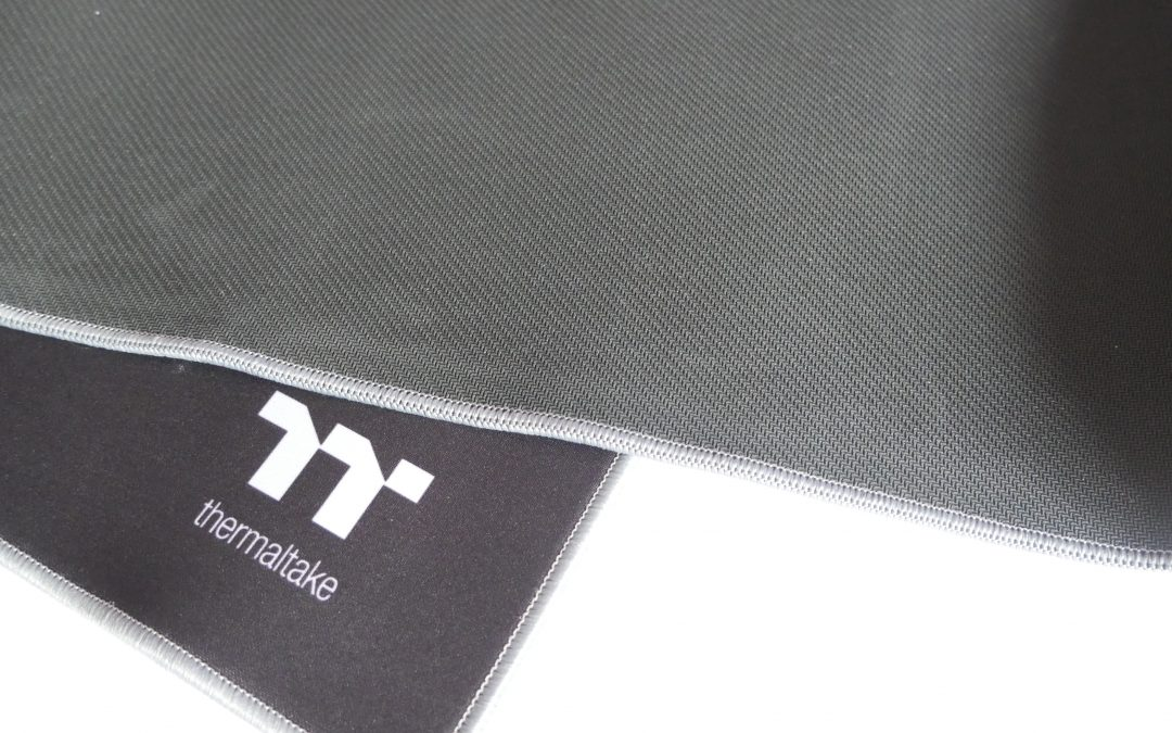 Thermaltake M700 Extended Gaming Mouse Pad Review