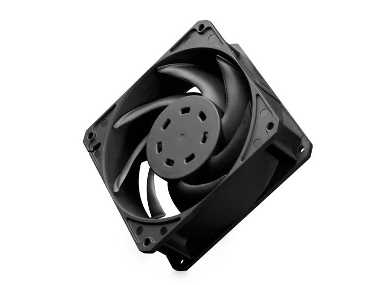 EK takes off with the new Meltemi, a 38mm thick high-performance fan