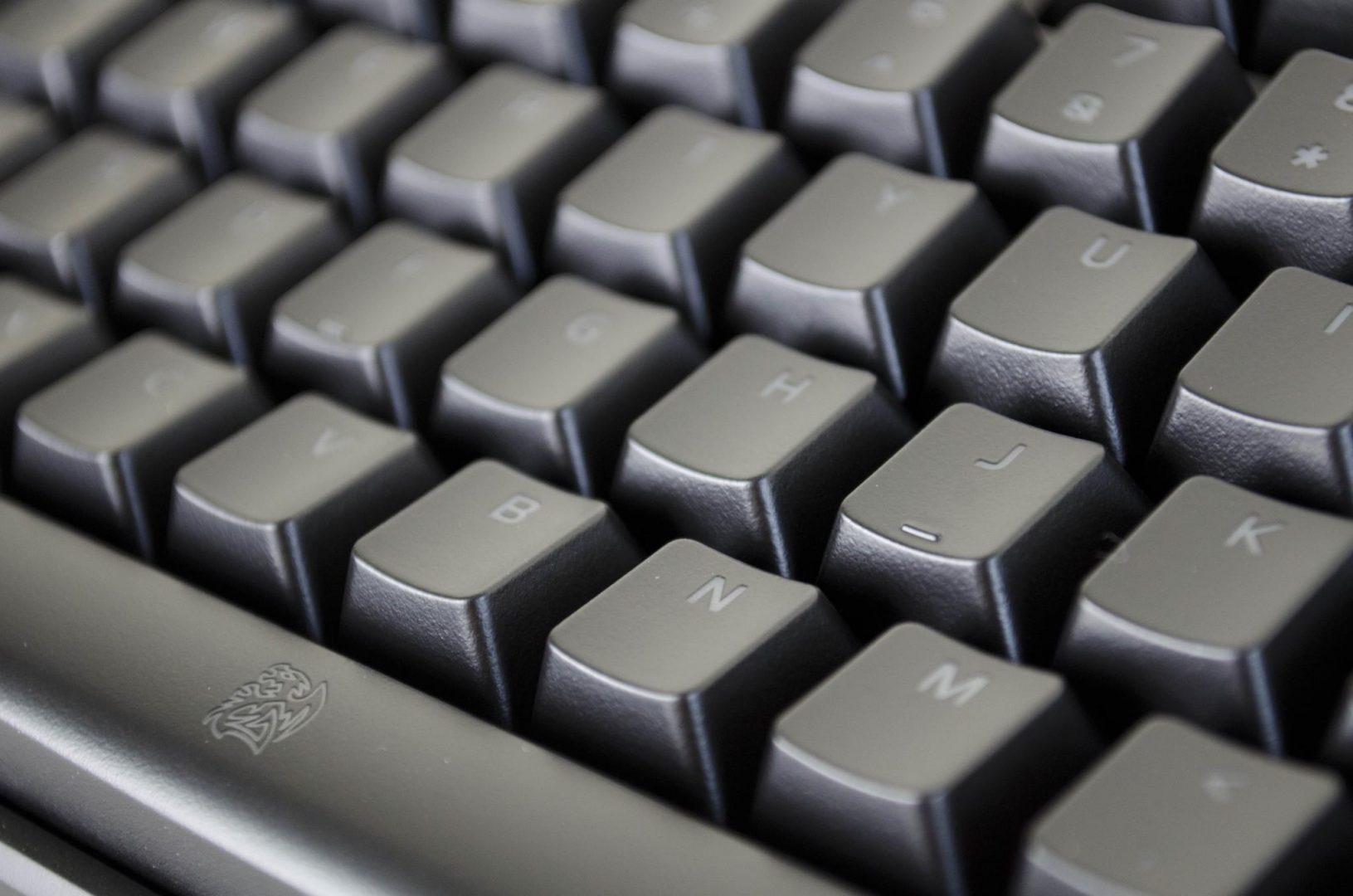 Tt eSPORTS POSEIDON Z Mechanical keyboard with brown switches_7