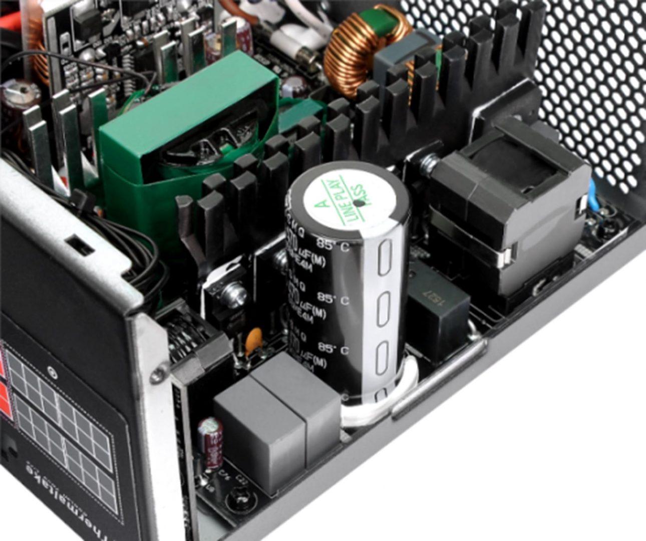 Thermaltake Smart DPS G Gold 750W Digital Power Supply-Japanese Capacitors