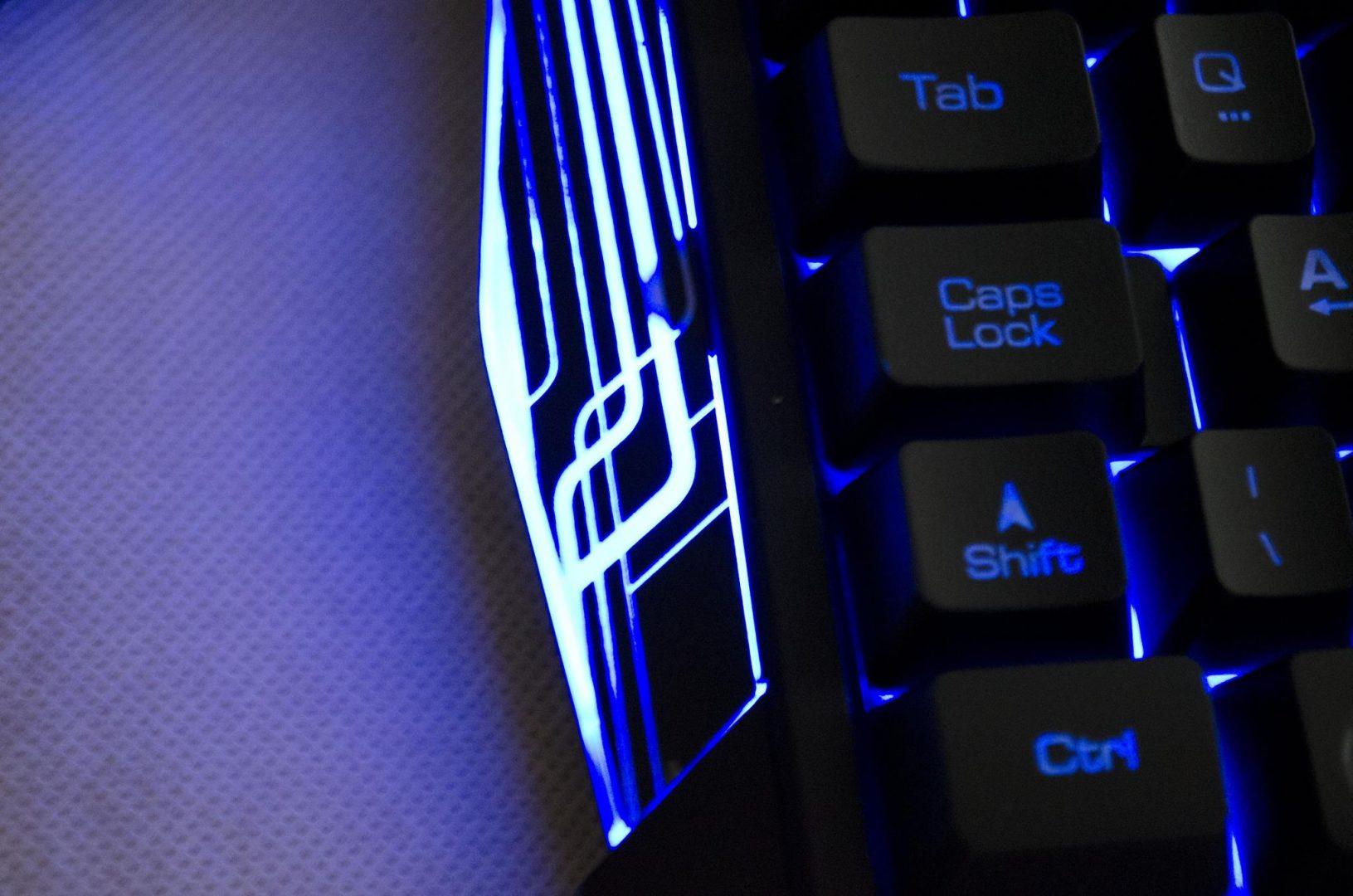 Tt eSPORTS Commander Gaming Gear Combo Review Photos_18