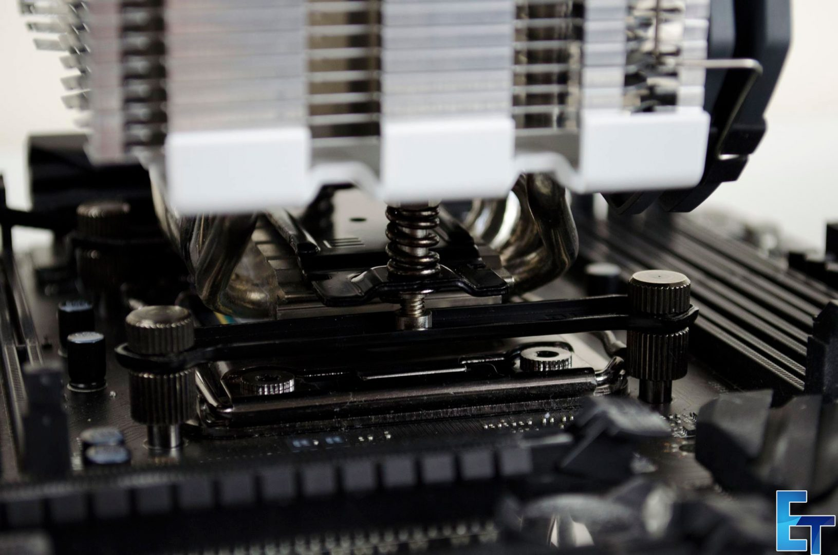 CRYORIG-H5-CPU-Cooler-Review_13