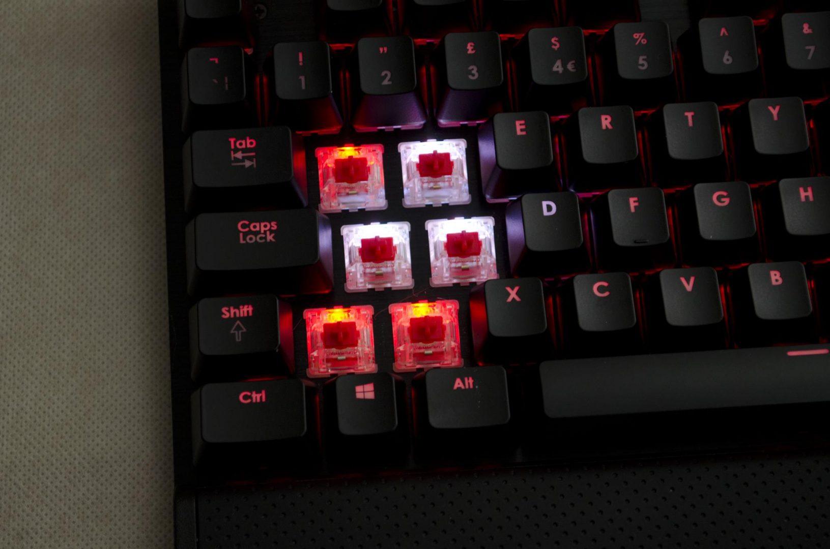 Corsair K70 RGB Mechanical Keyboard_4