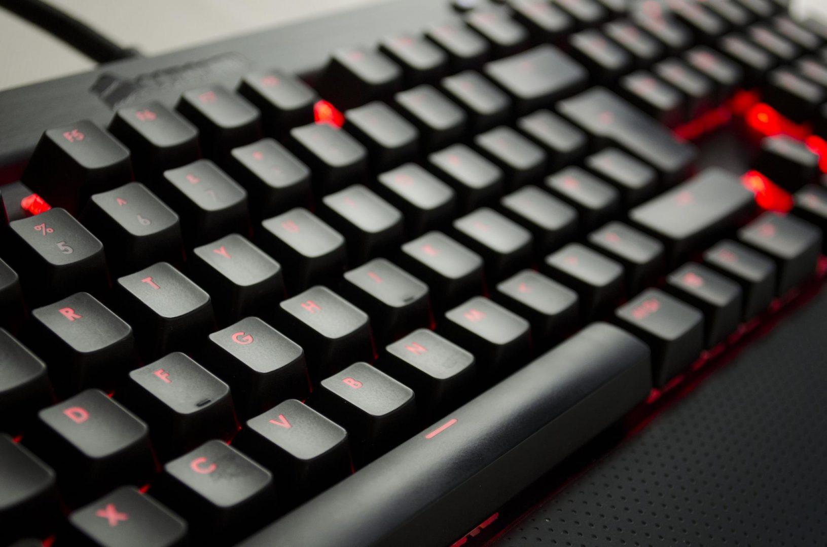 Corsair K70 RGB Mechanical Keyboard_6