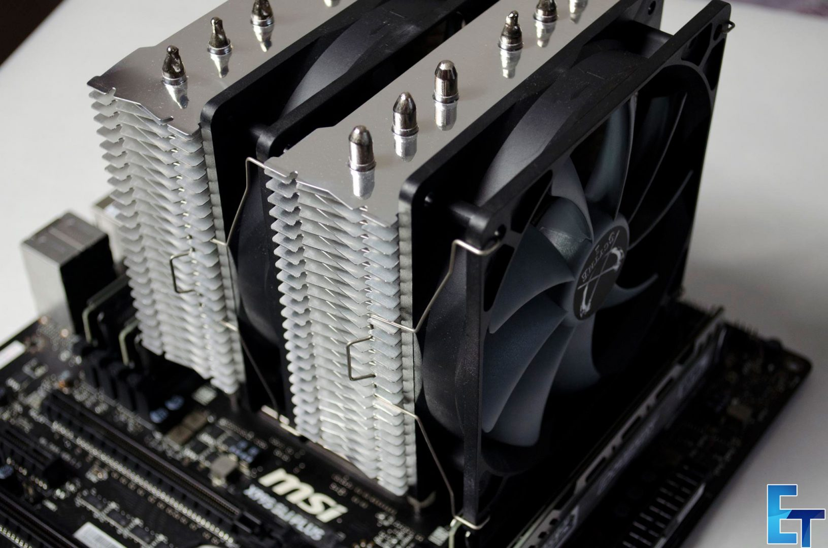 Scythe-Fuma-CPU-Cooler-review_10