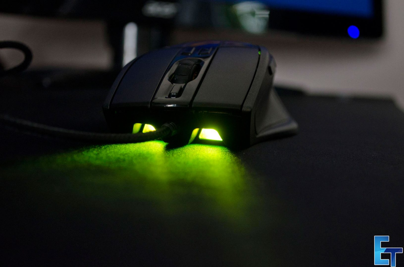 Cooler-Master-Sentinel-III-Ergonomic-Gaming-Mouse-Review_1