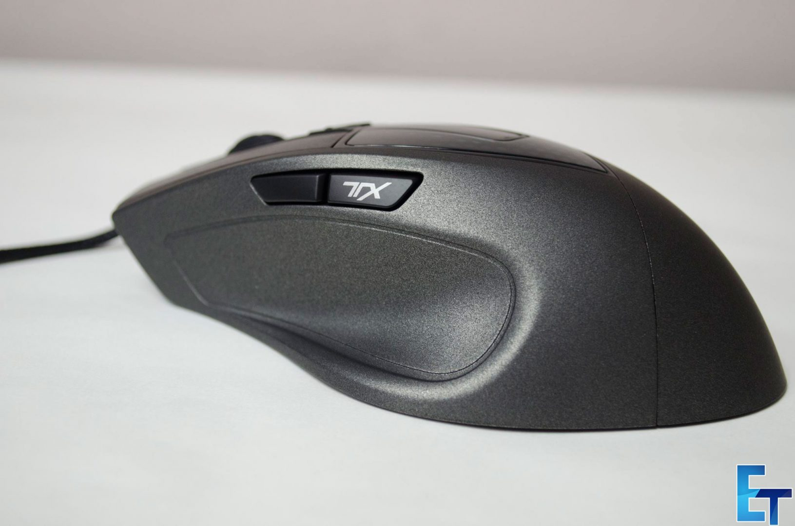 Cooler-Master-Sentinel-III-Ergonomic-Gaming-Mouse-Review_8
