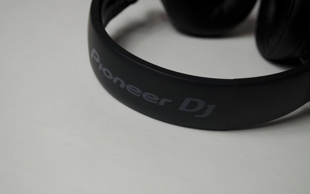 Pioneer HDJ-700 Headphones Review