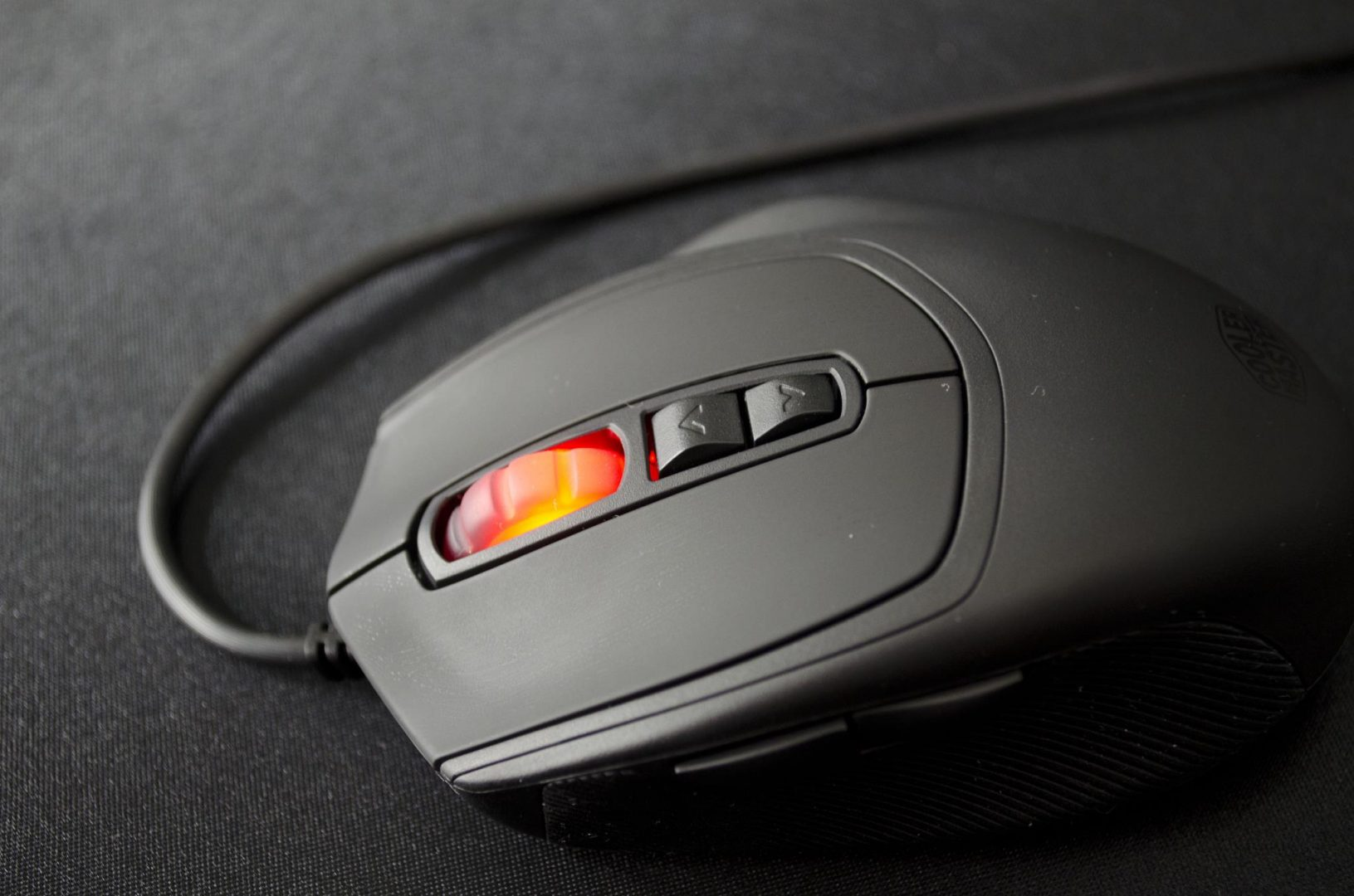CM Storm Xornet II Gaming Mouse Review_5