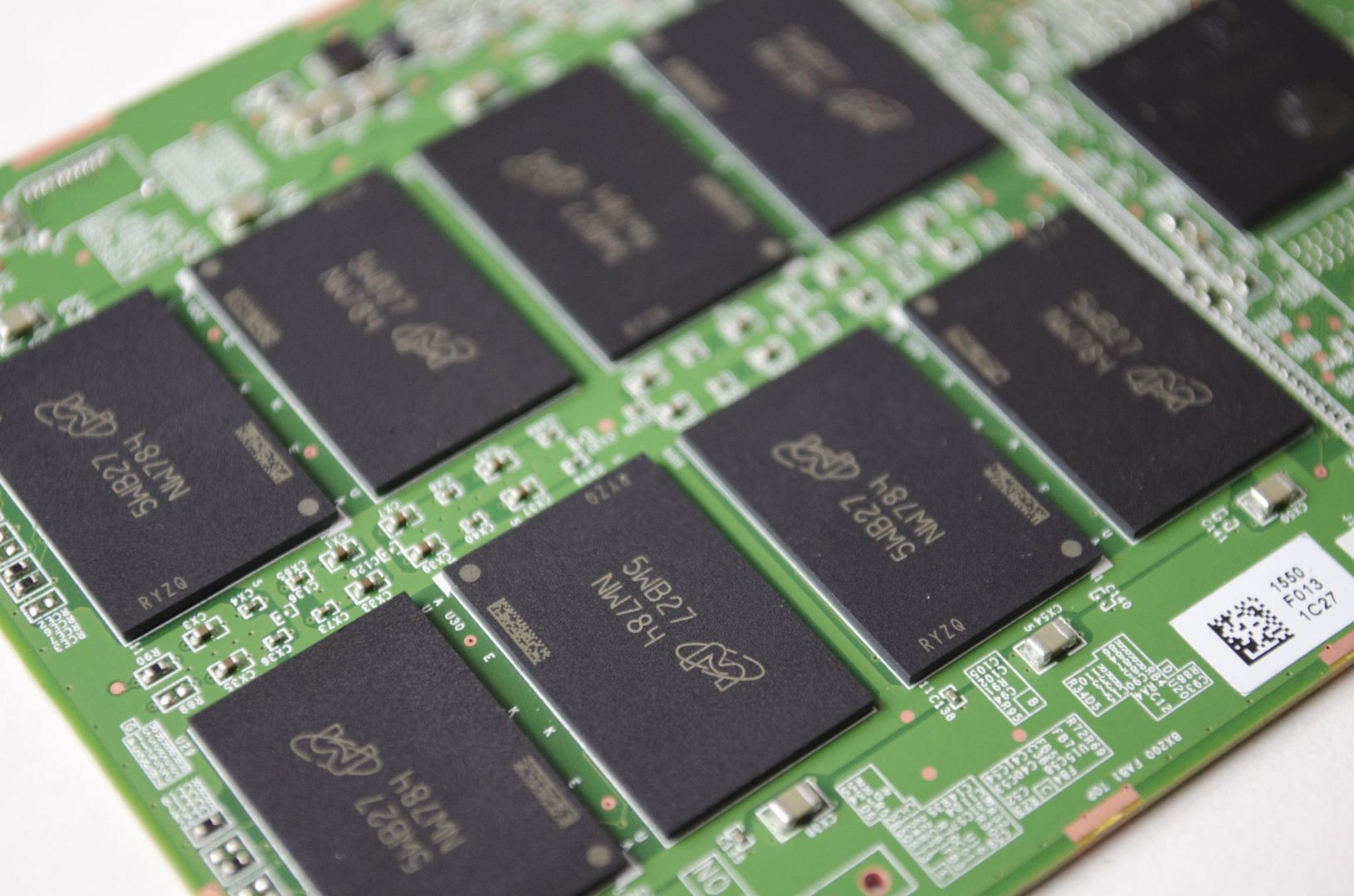 Crucial BX200 480GB SSD_8