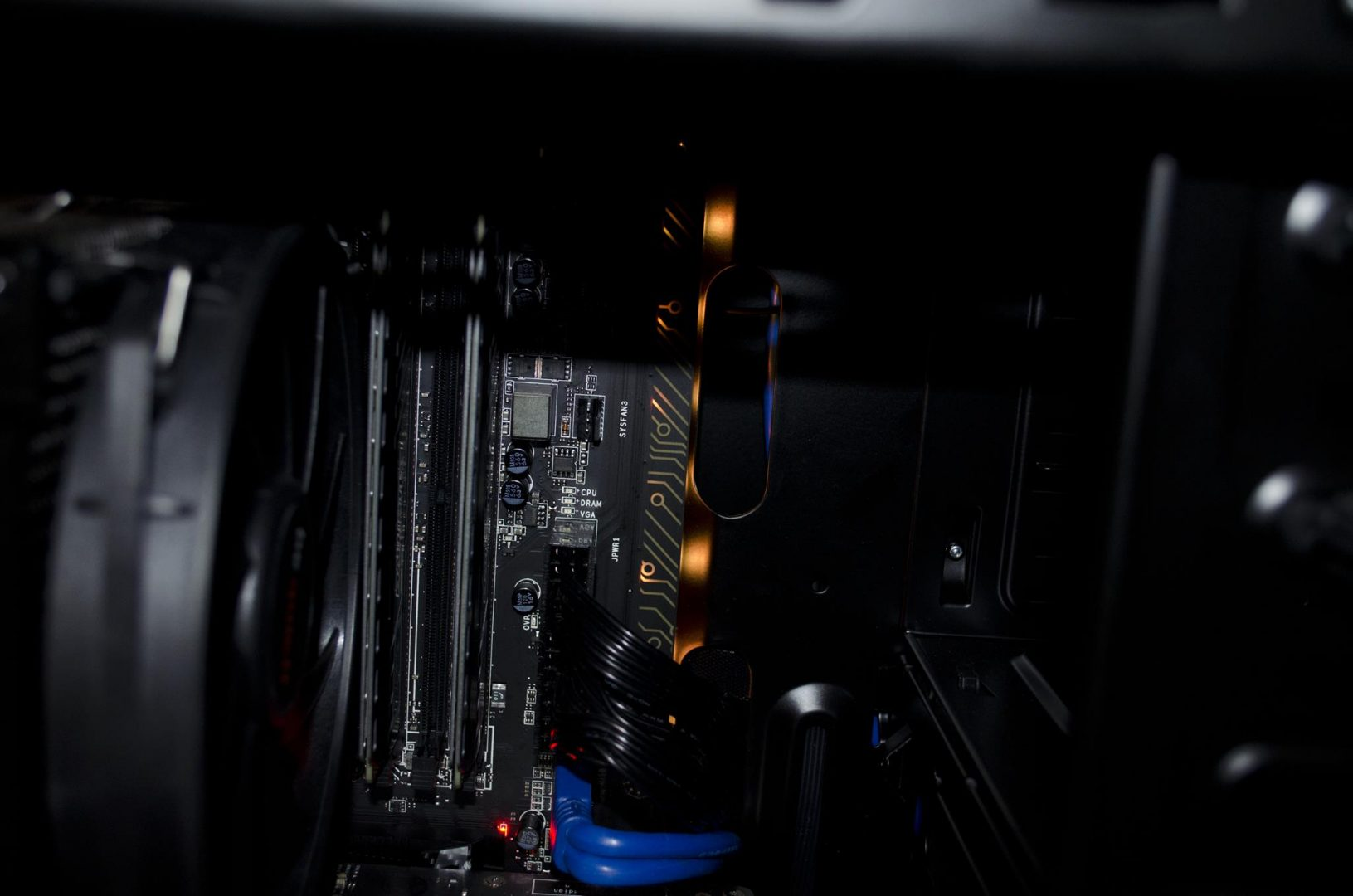 MSI Z170A Gaming Pro Carbon Motherboard Review_13