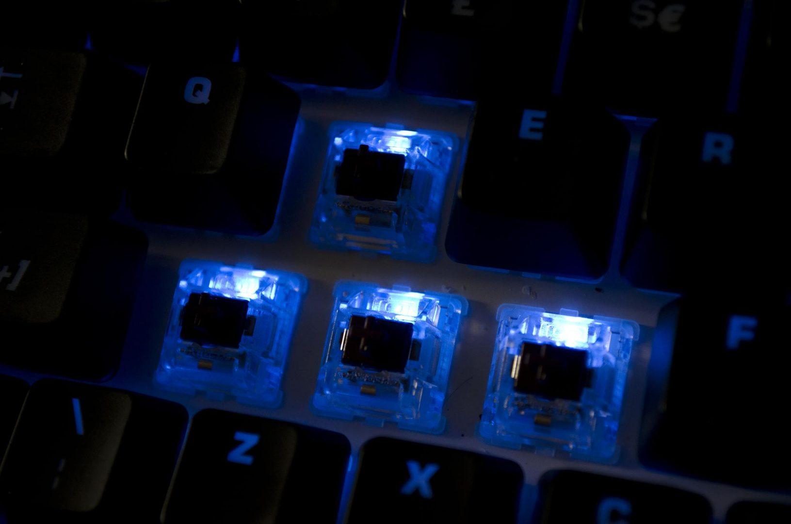 Roccat Ryos MK FX Mechanical Keyboard_14