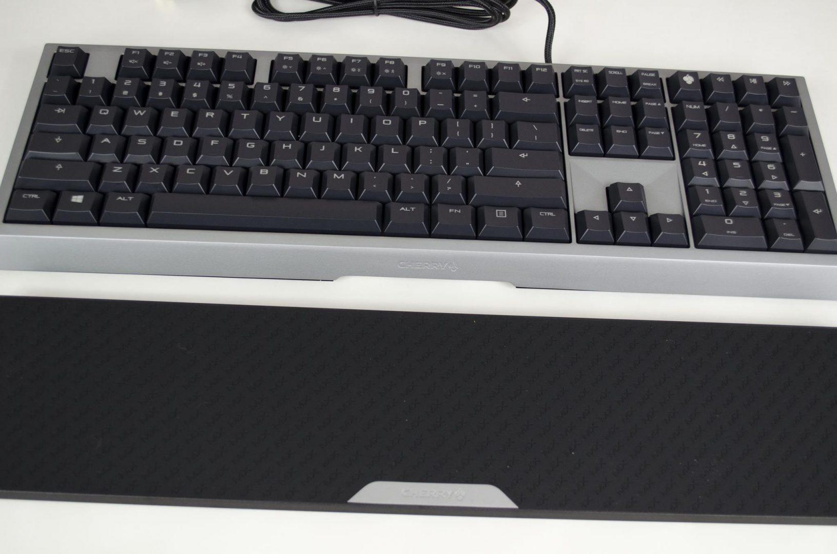 cherry mx-board 6 mechanical keyboard review_9